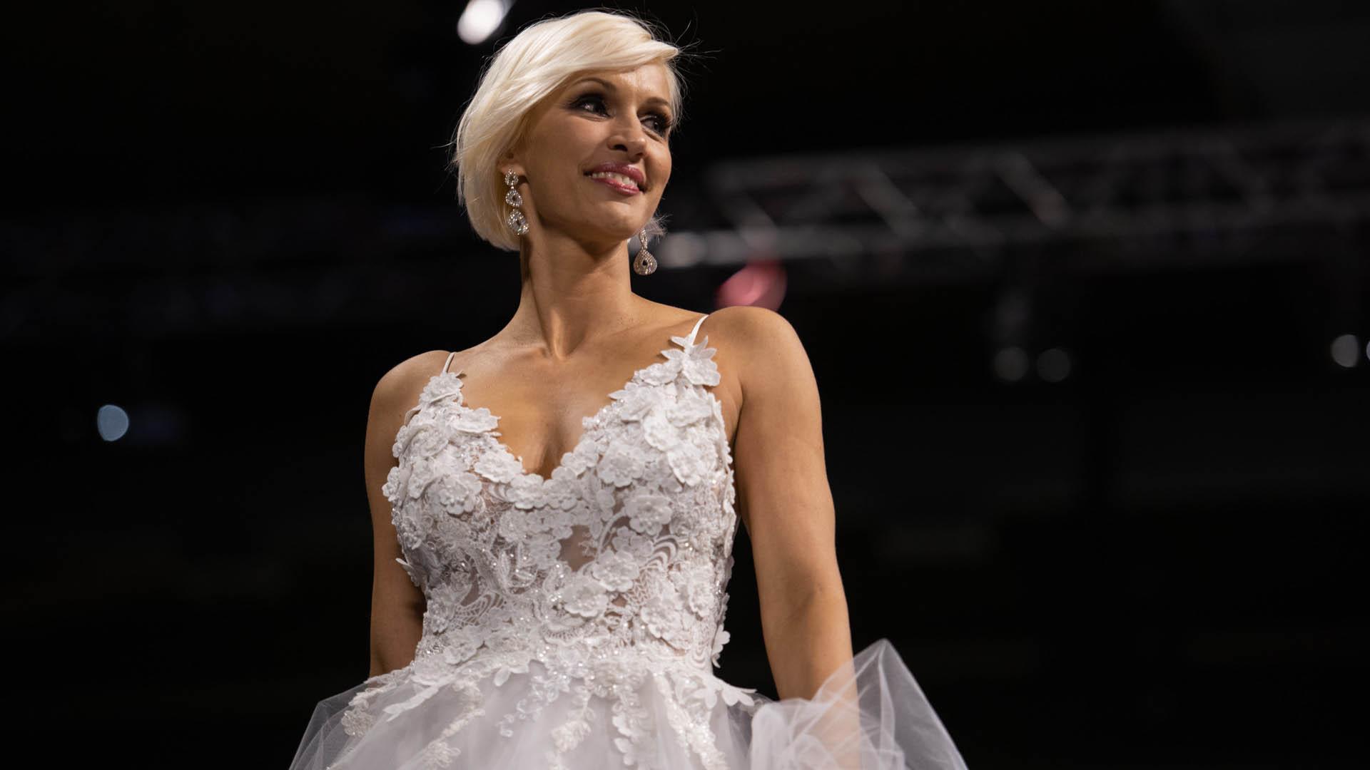 Grudke cerró la pasarela de una noche mágica que reunió a los principales diseñadores argentinos, en el primer día del gran show de moda con un vestido de Claudia Arce