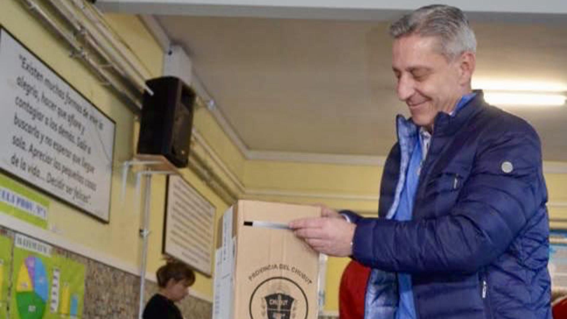 Mariano Arcioni, gobernador de Chubut. Es el favorito para retener el poder.