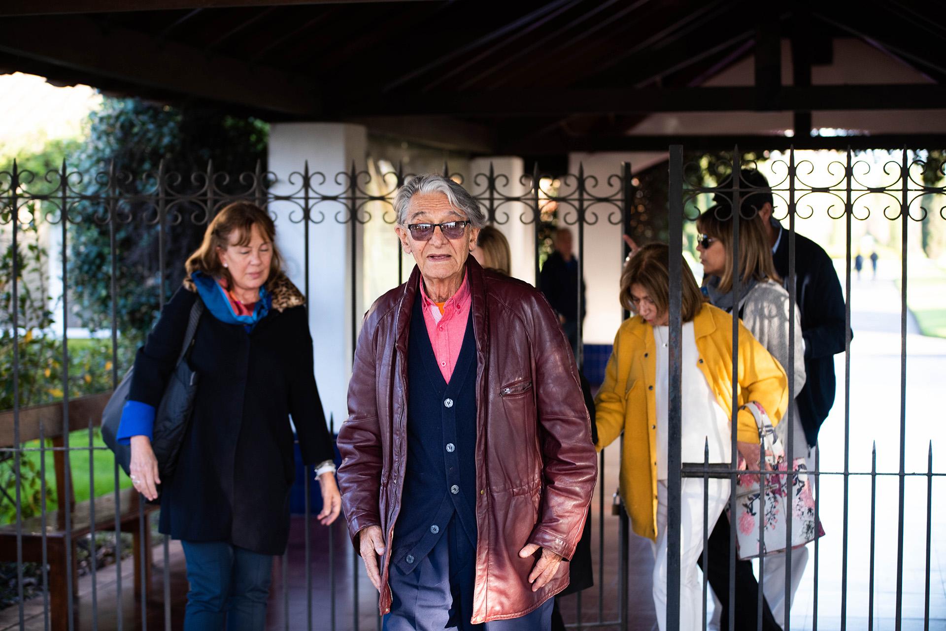 Tras entablar una amistad con dos argentinos que trabajaban en el diario La Razón de la Argentina, se volcó definitivamente al periodismo (Franco Fafasuli)