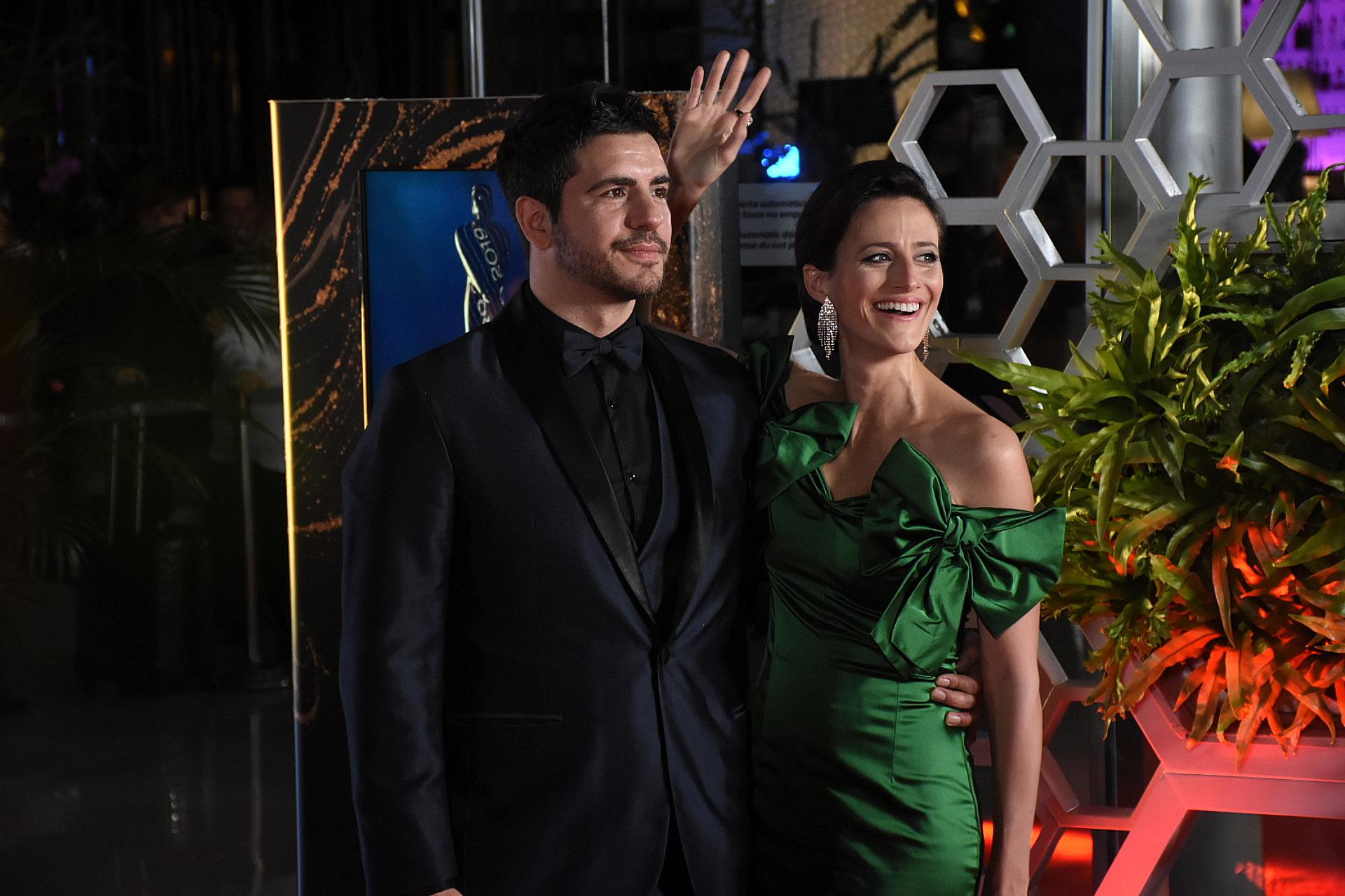 Marco Antonio Caponi, nominado como Actor Protagonista en Unitario y/o Miniserie por Sandro de Amércia (telefe), junto a Mónica Antonópulos