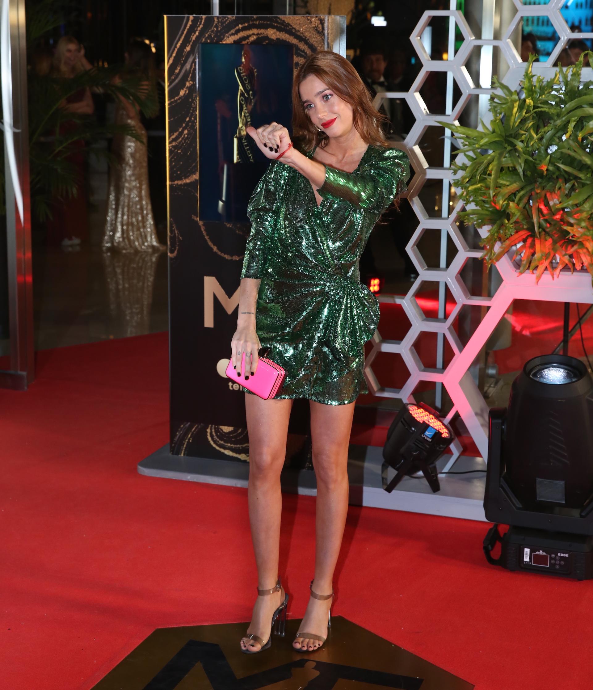 Lucía Celasco, divina con un vestido verde, celebró junto a Susana