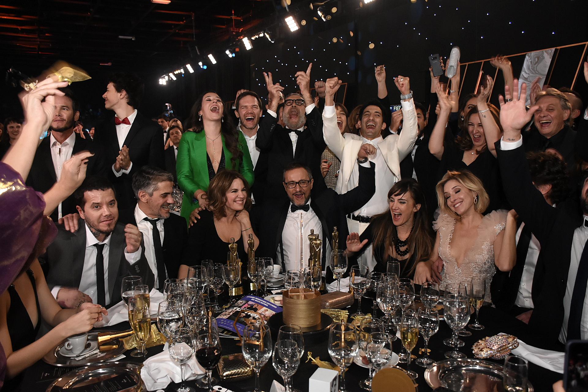 La euforia en la mesa de los ganadores del Oro