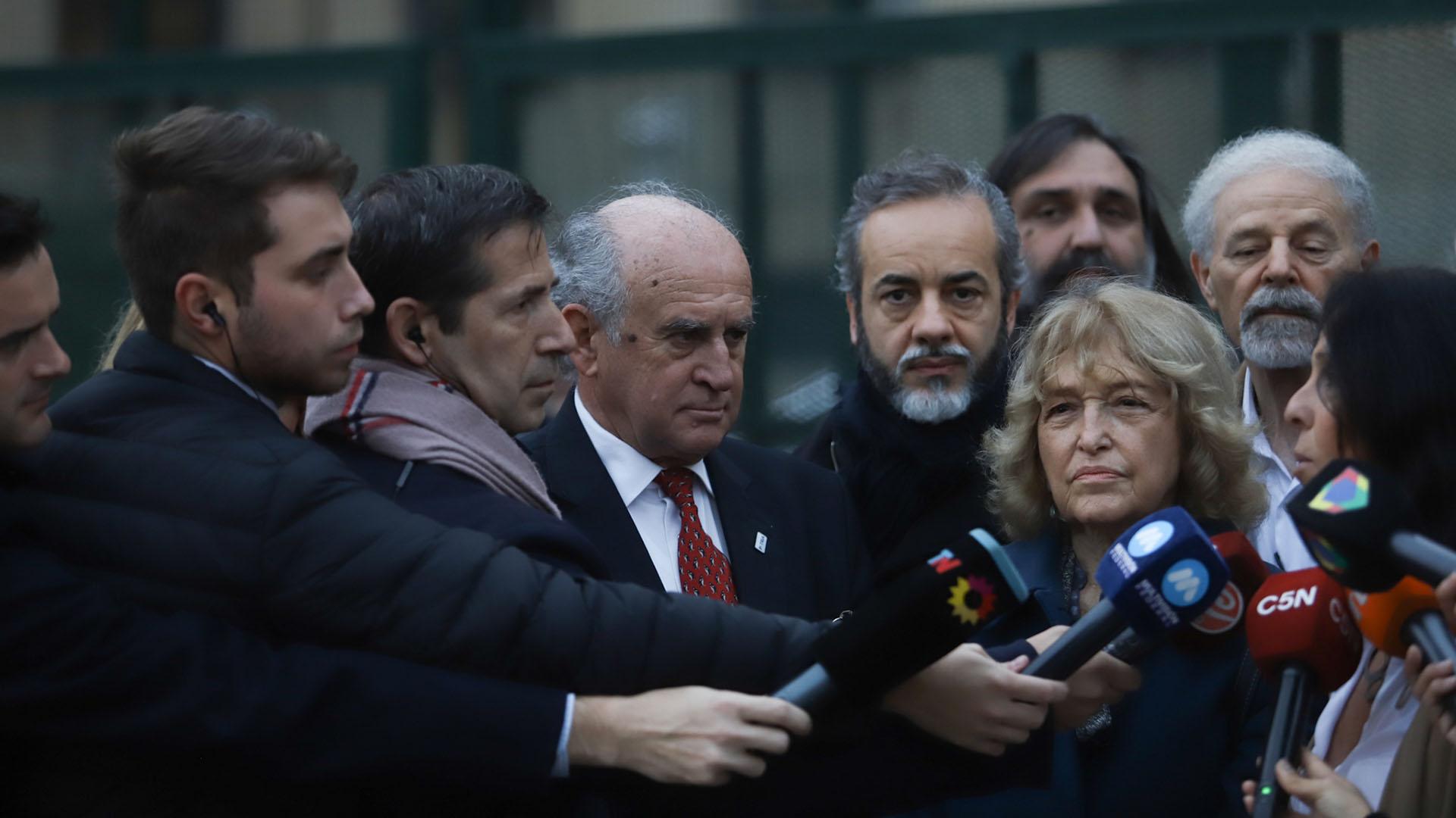 Parrilli, López, Baradel