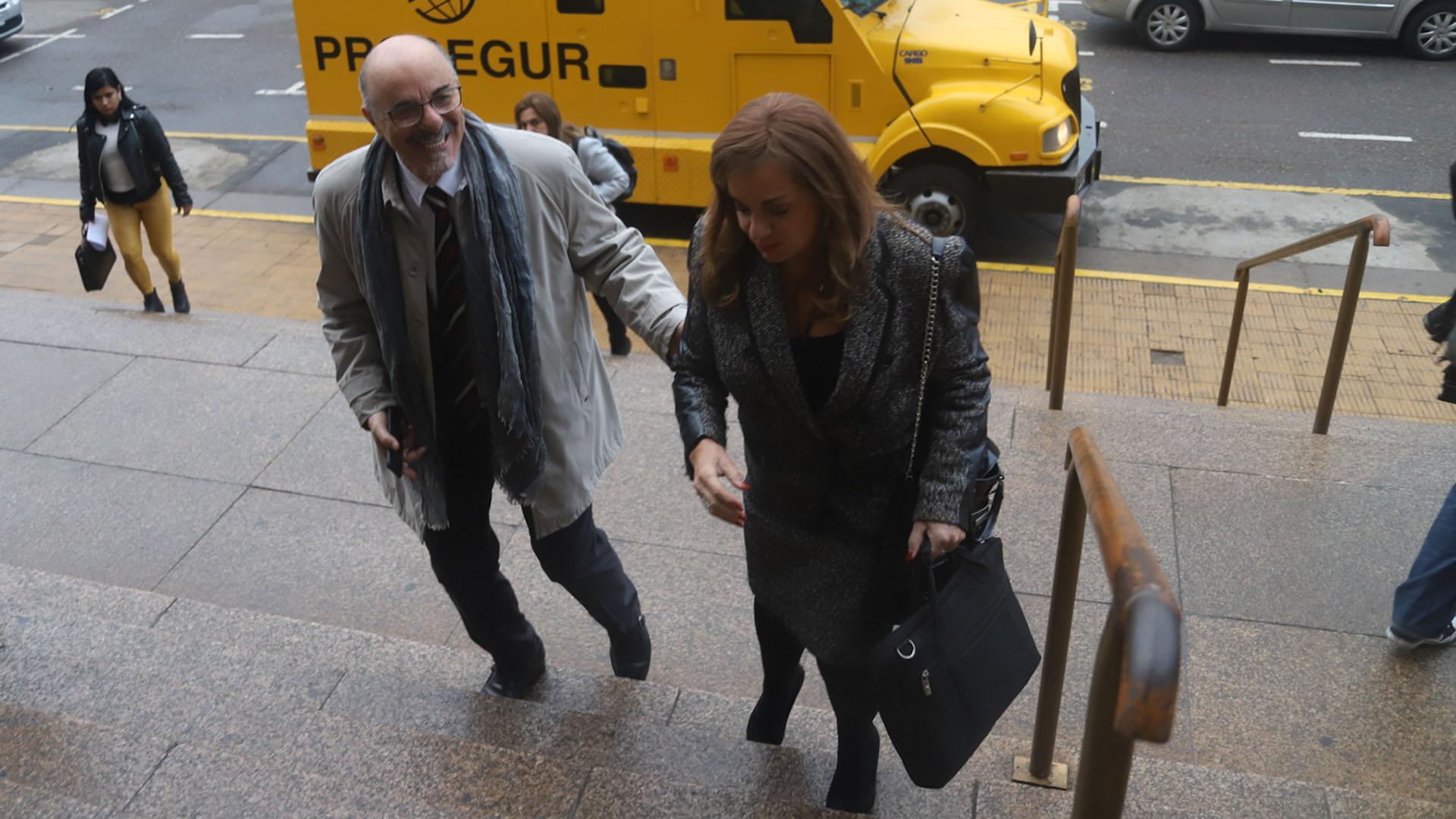 Los ex ministros Carlos Tomada y Nilda Garré
