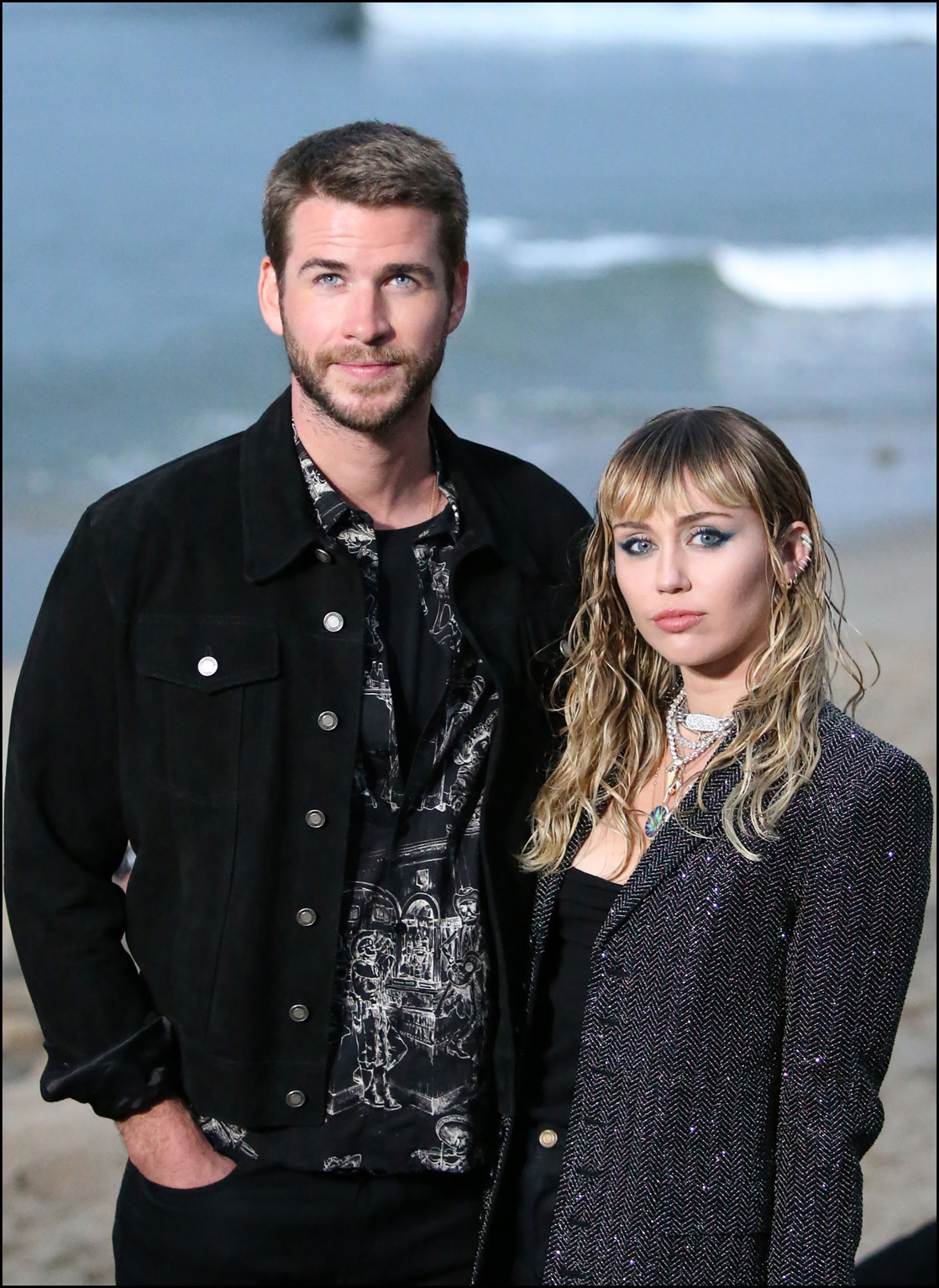 Liam Hemsworth y Miley Cyrus invitados VIP´s.