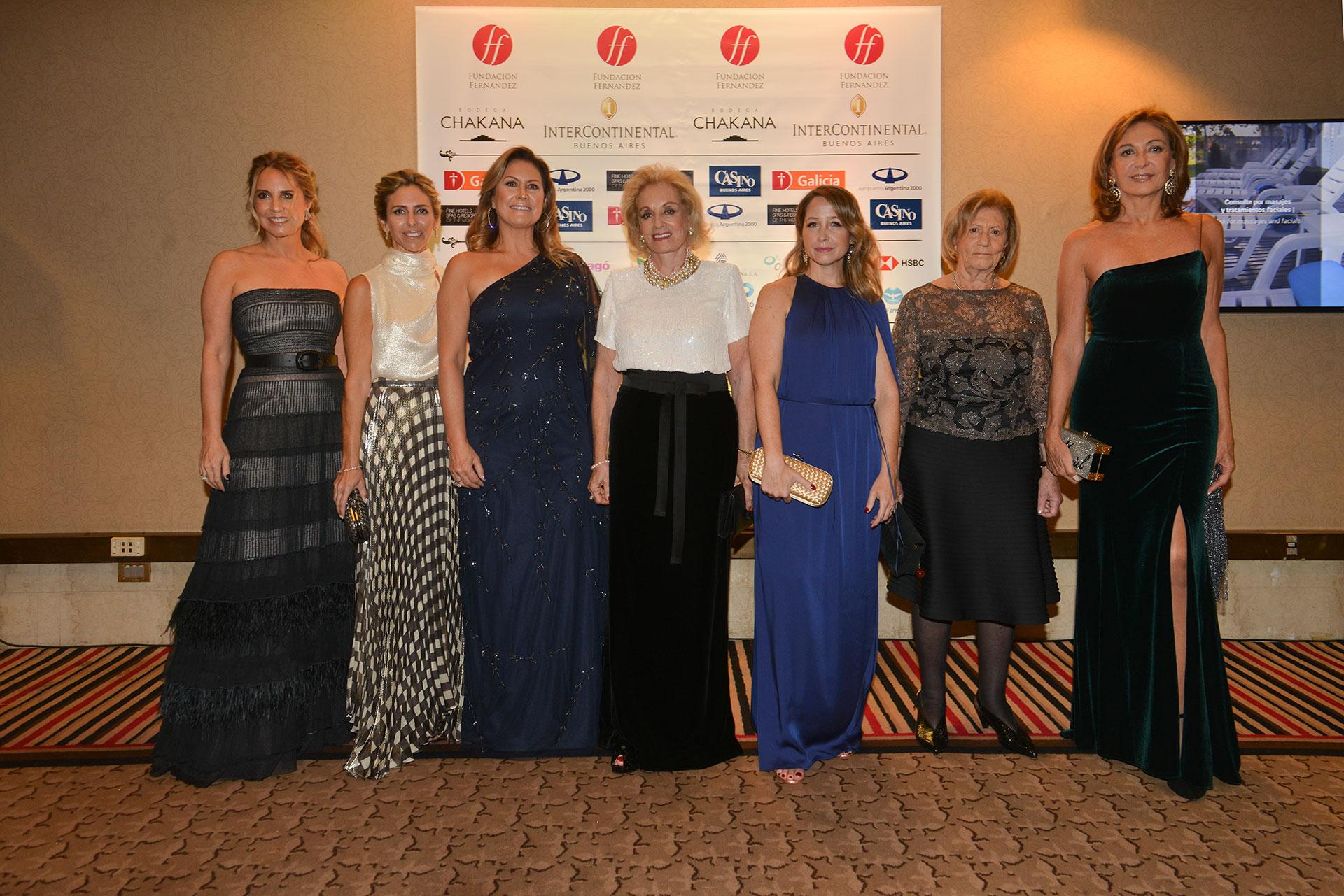 Las mujeres que trabajan para la Fundación Fernández.