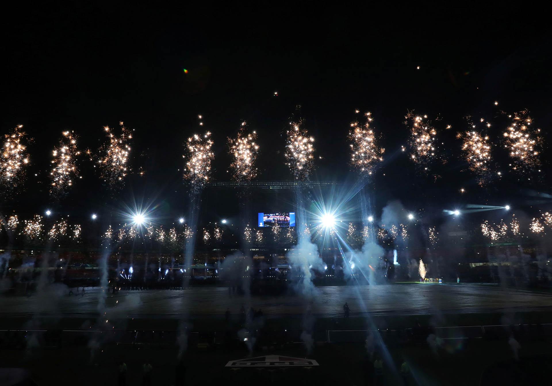 La ceremonia contó una historia que está dividida en dos partes:la escena final se verá en el evento de cierre que se llevará a cabo el 7 de junio en el Maracaná
