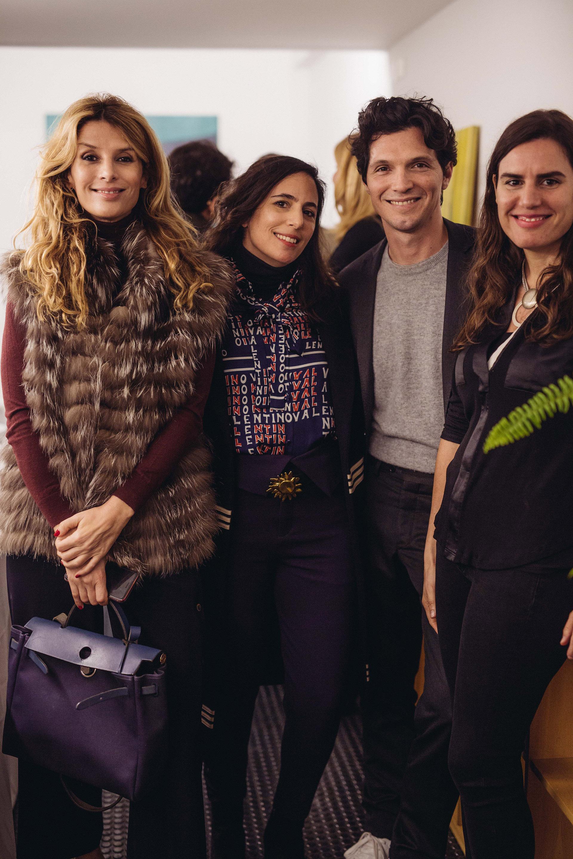 Andrea Fernández, Lucila Sperber, Facundo Garayalde y Natalia Grobocopatel en la inauguración de la exposición de Magdalena Jitrik en waldengallery