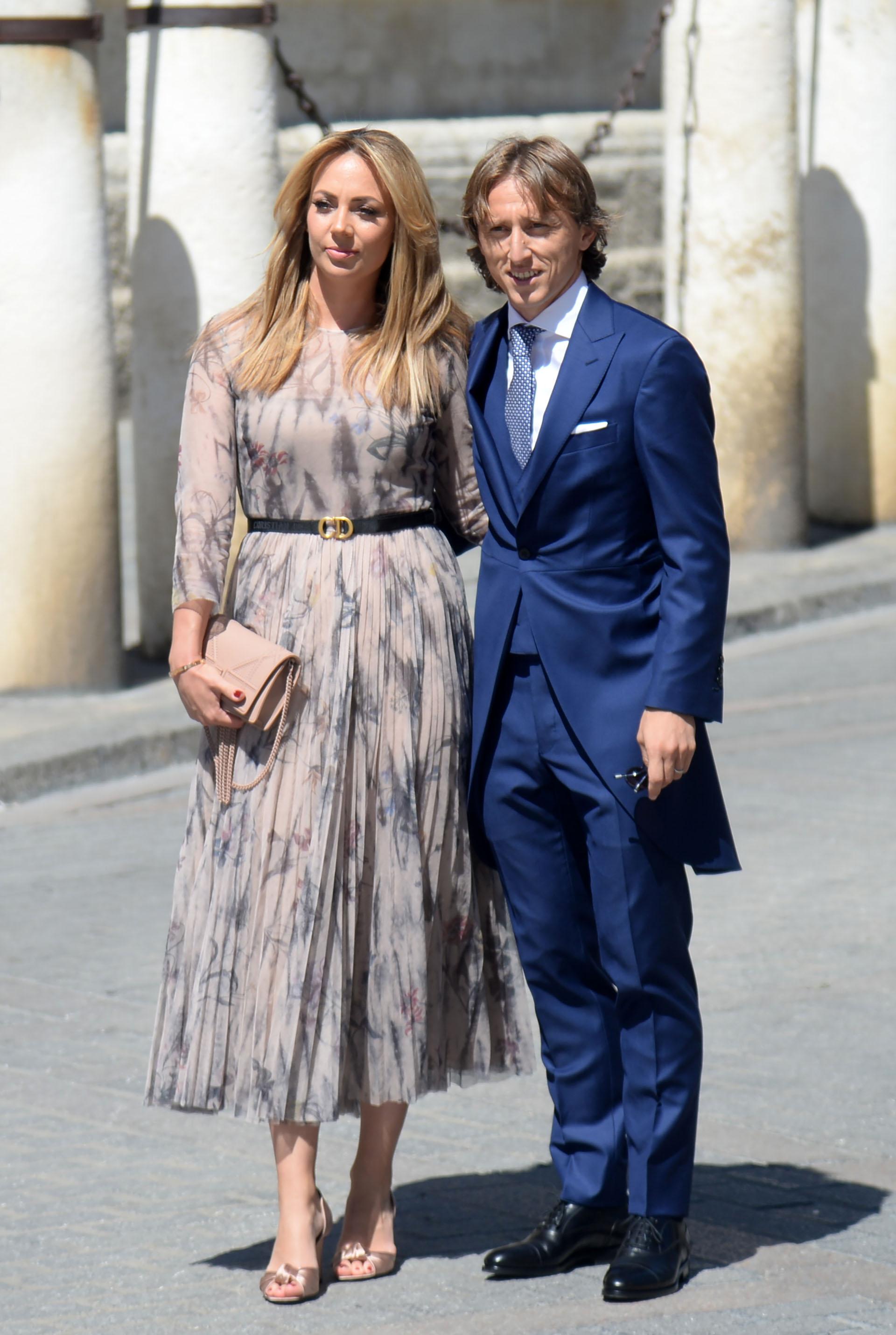El último ganador del Balón de Oro el croata Luka Modricy su esposa Vanja Bosnic