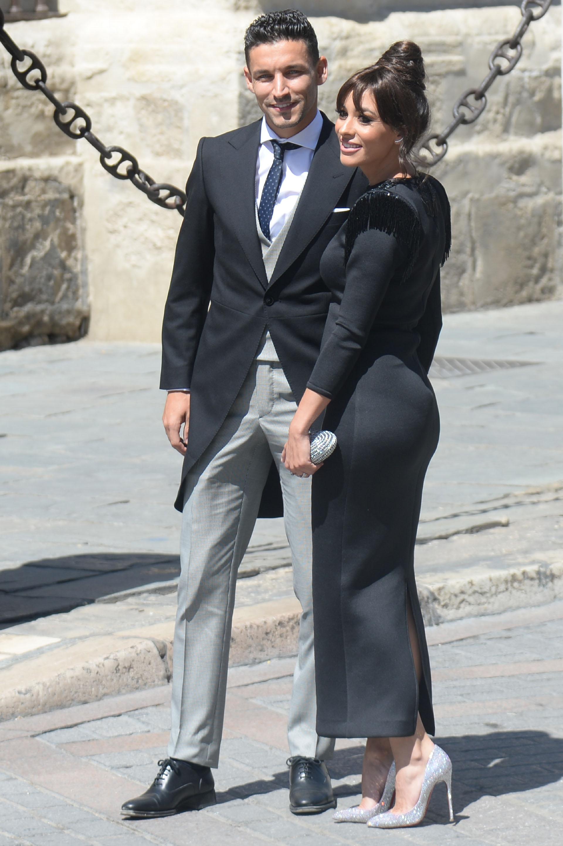 El futbolista del Sevilla Jesús Navas y su esposa Alejandra Moral