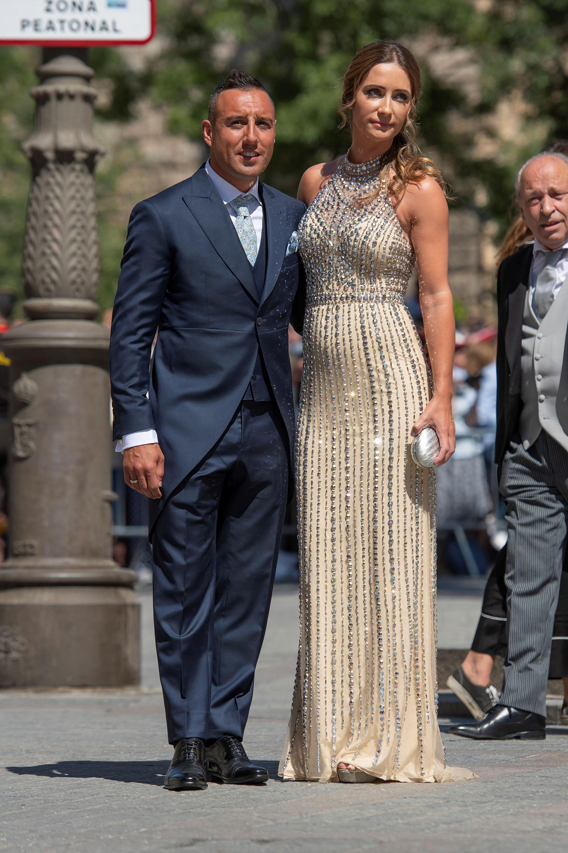 El futbolista Santi Cazorla y su esposa Úrsula Santirso