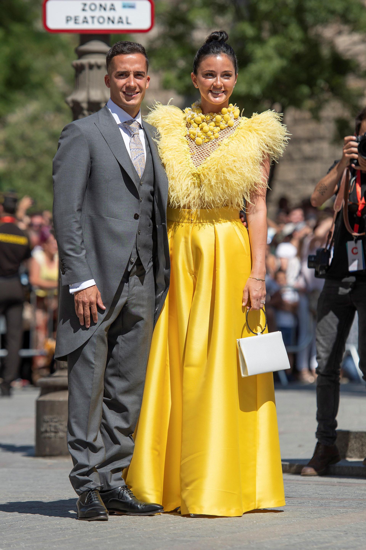 El deportista del Real Madrid Lucas Vázquez y su pareja