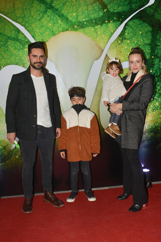 Gonzalo Heredia, Brenda Gandini y sus hijos.