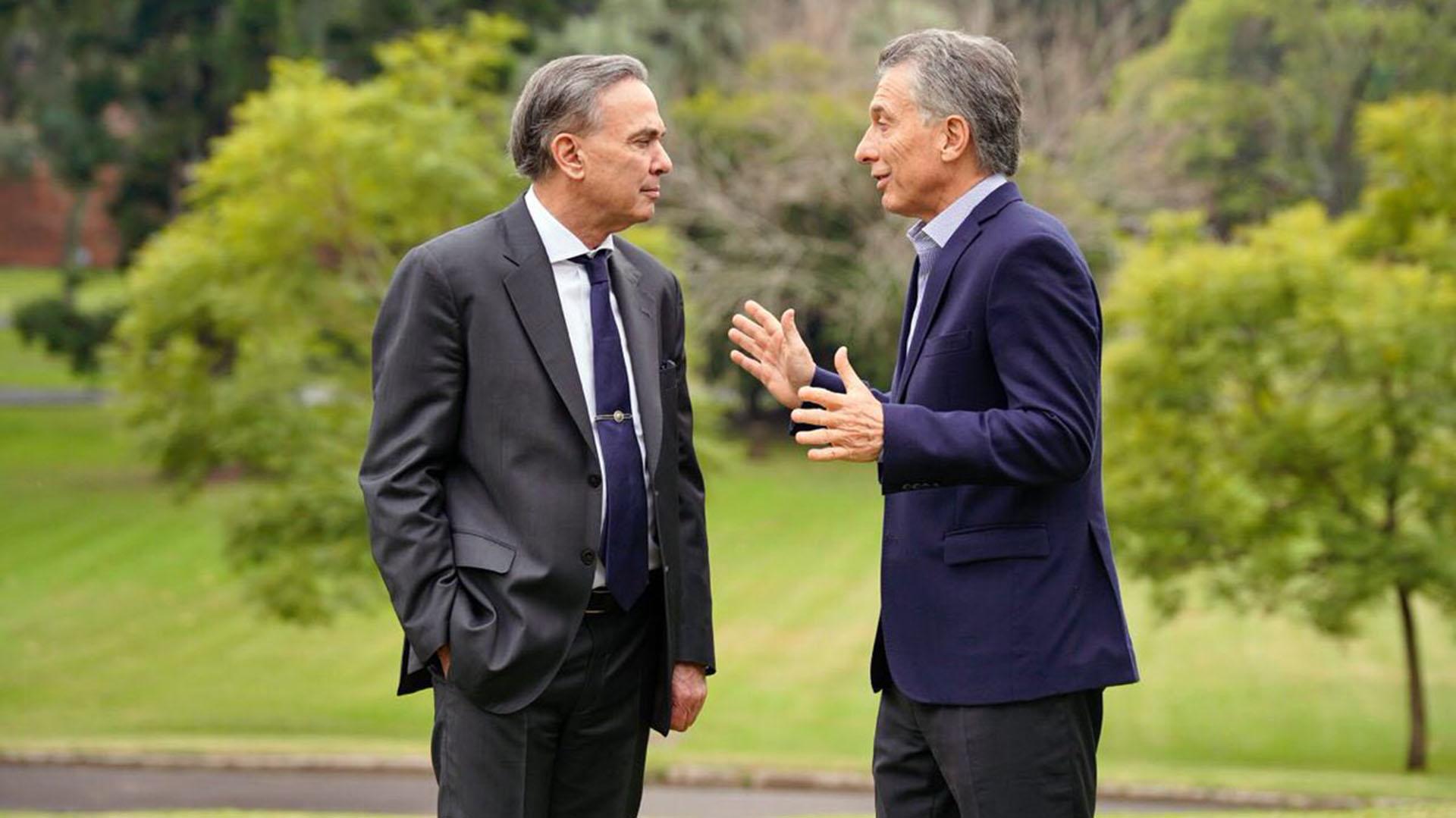 Mauricio Macri y Miguel Ángel Pichetto, candidatos por el oficialismo