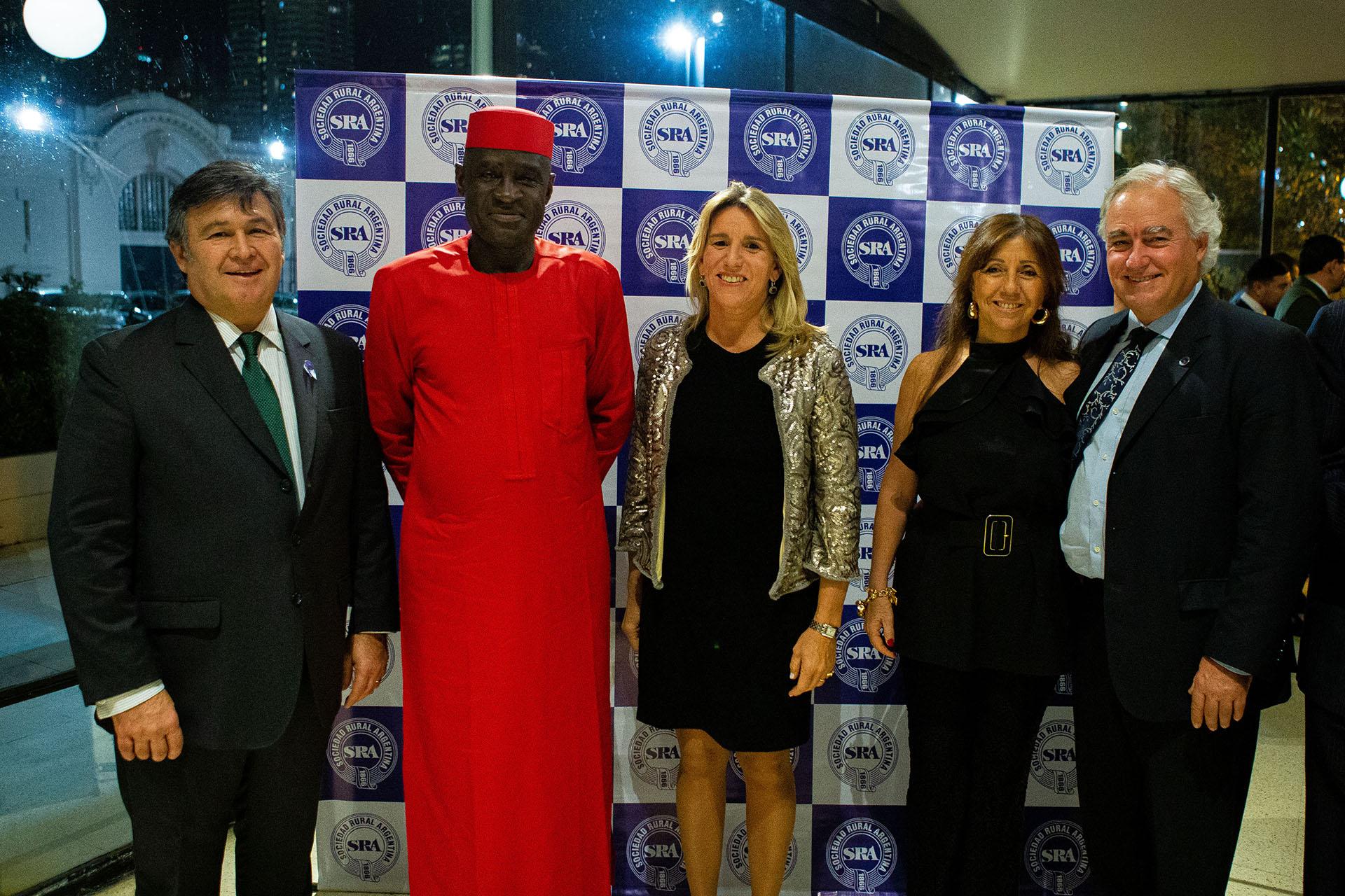 Jonah Mkpuruka, embajador de Nigeria