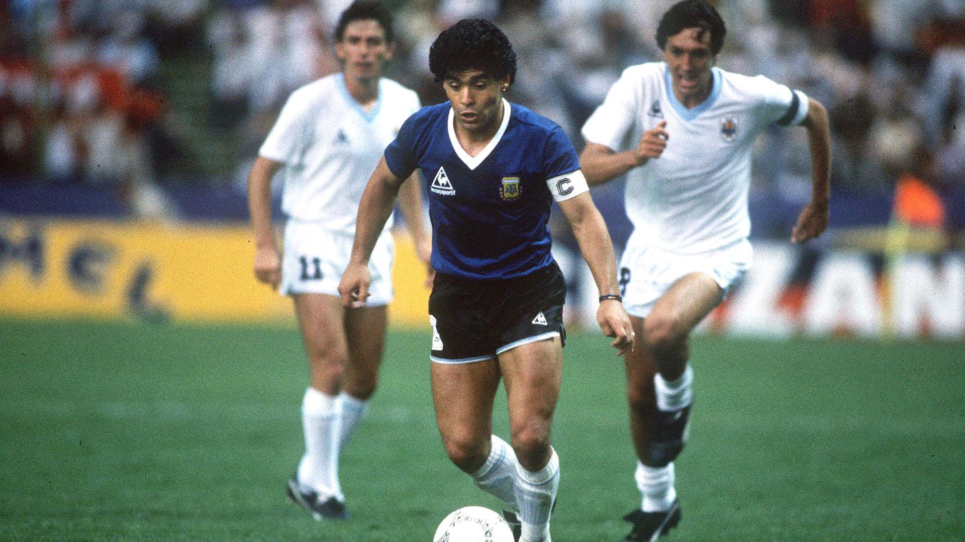 La Exotica Historia De Las Camisetas Que Argentina Uso Ante Inglaterra En El 86 Y Donde Quedo La 10 De Maradona Infobae