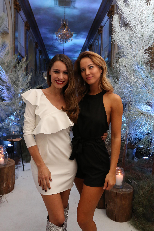 Pampita Ardohain y Flor Vigna, en el lanzamiento de Visa Signature Nieve 20190