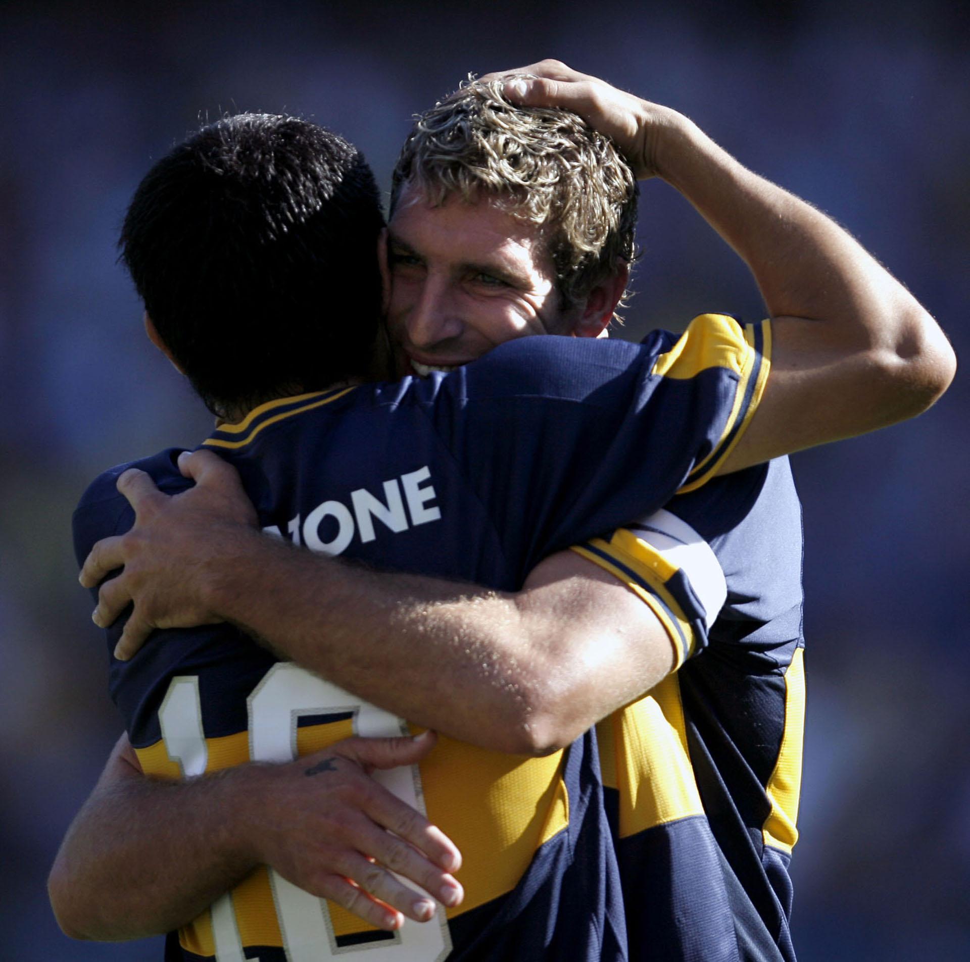 Un abrazo inolvidable con Palermo (AFP)