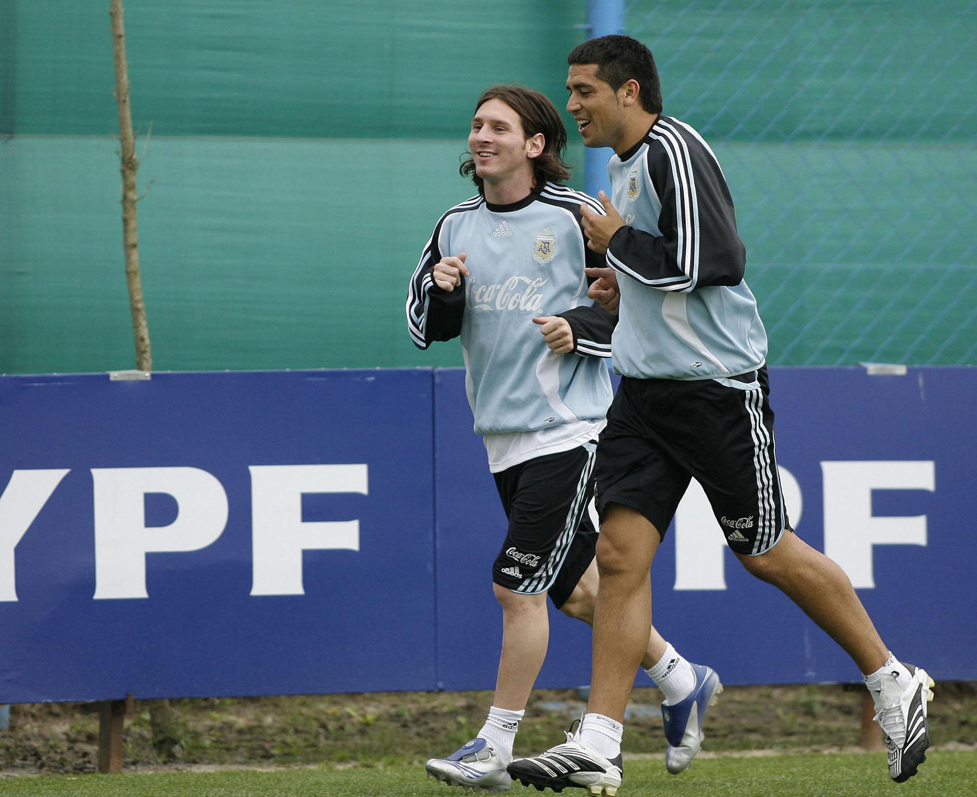 Con Lionel Messi jugaron juntos en el conjunto nacional (NA)
