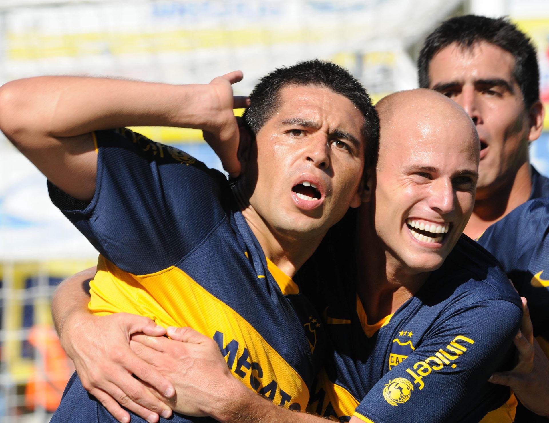 Román firmó casi 100 goles con la camiseta de Boca (NA)