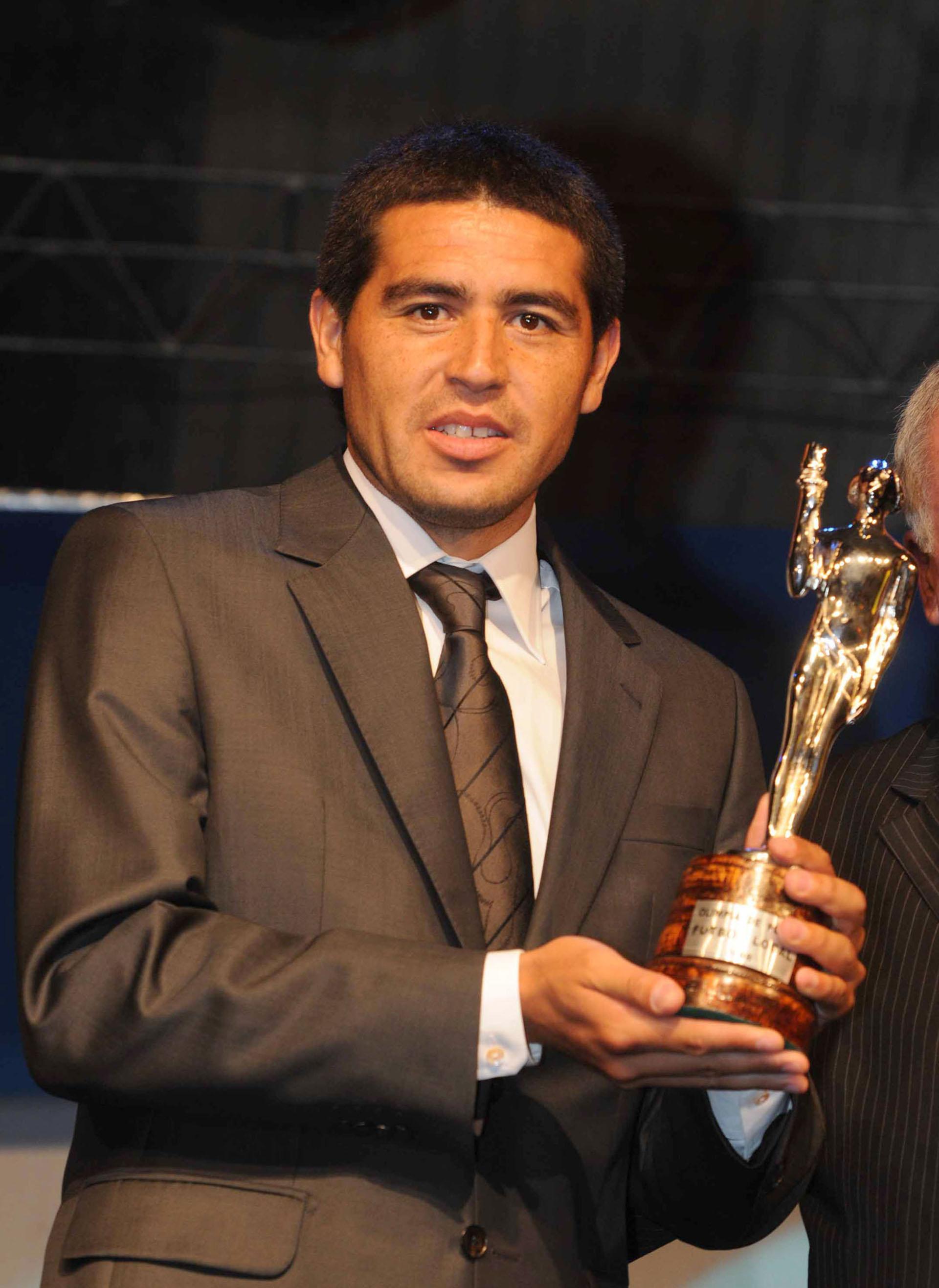 Recibió tres veces el Olimpia de Plata en Fútbol Local (200, 2001 y 2011) (NA)