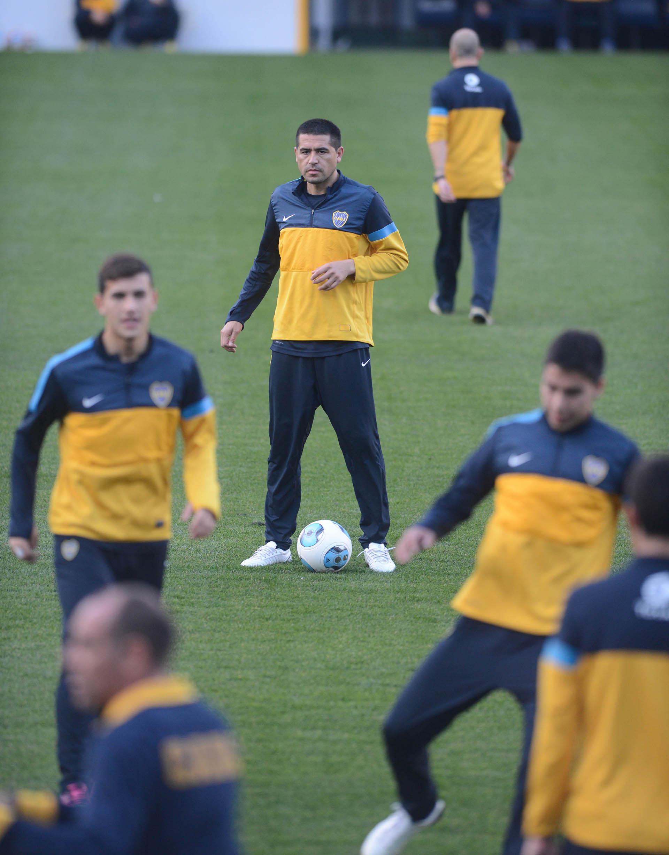 Con la camiseta de Boca ganó 11 títulos (NA)