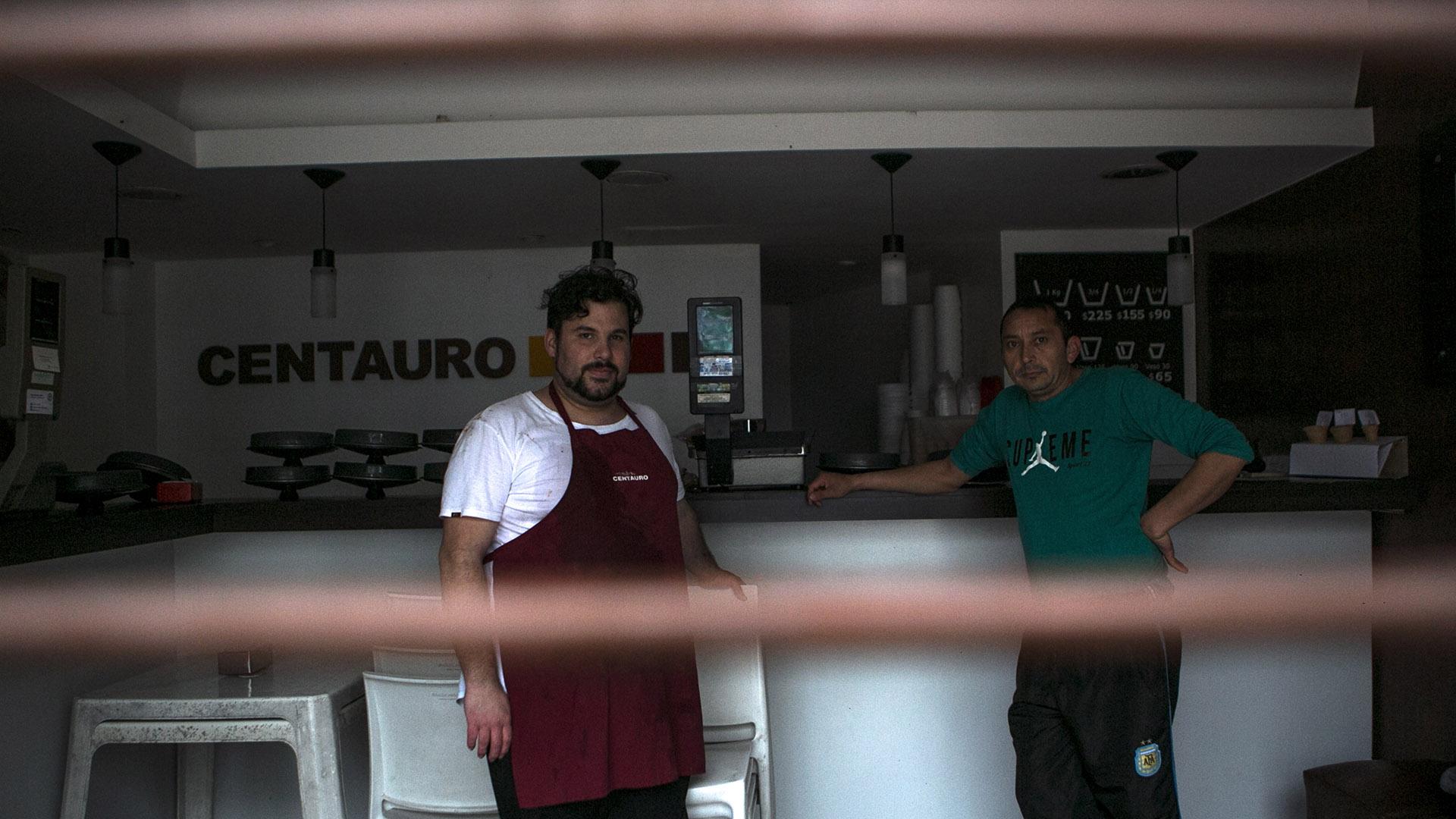 En La Plata se convocó a personal de Tránsito, SAME, Protección Civil y Espacios Públicos para atender las necesidades de los afectados