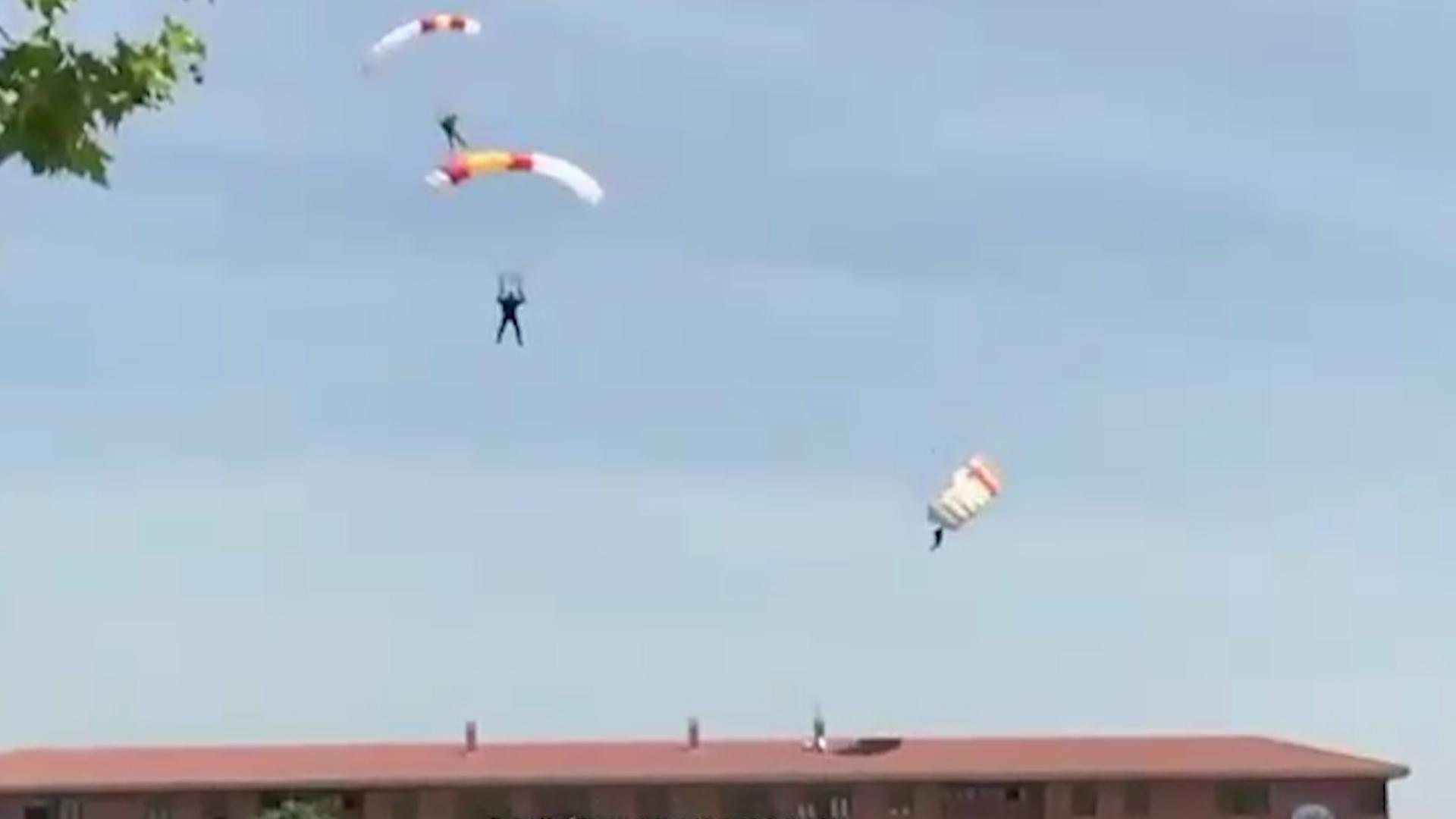 El Momento En Que Un Paracaidista Pierde El Control Y Se