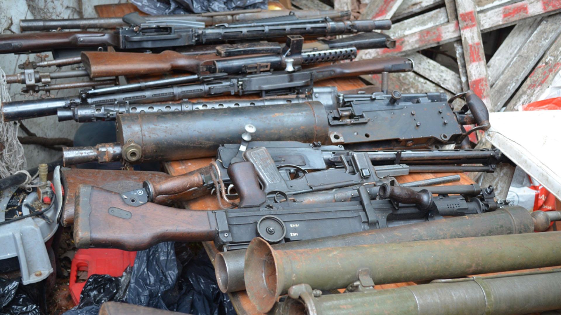 Emsamblaban armas en Roca para los narcos de Brasil — Allanamientos cuatro provincias