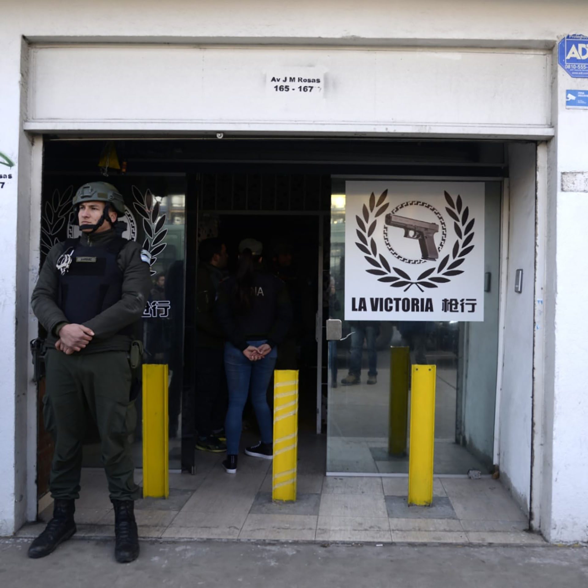 Desbaratan una mega banda internacional dedicada al tráfico de armas - Santiago
