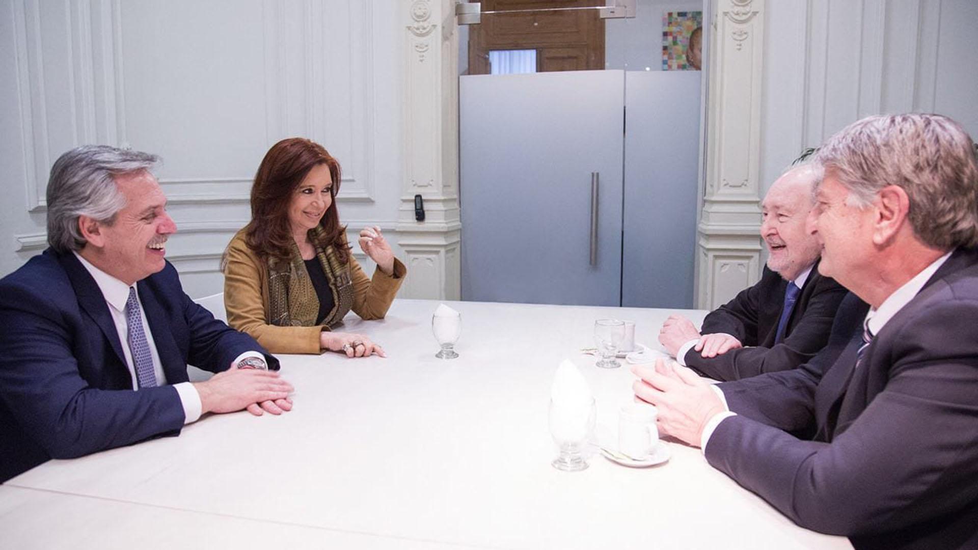 Alberto, Cristina, Verna y Ziliotto