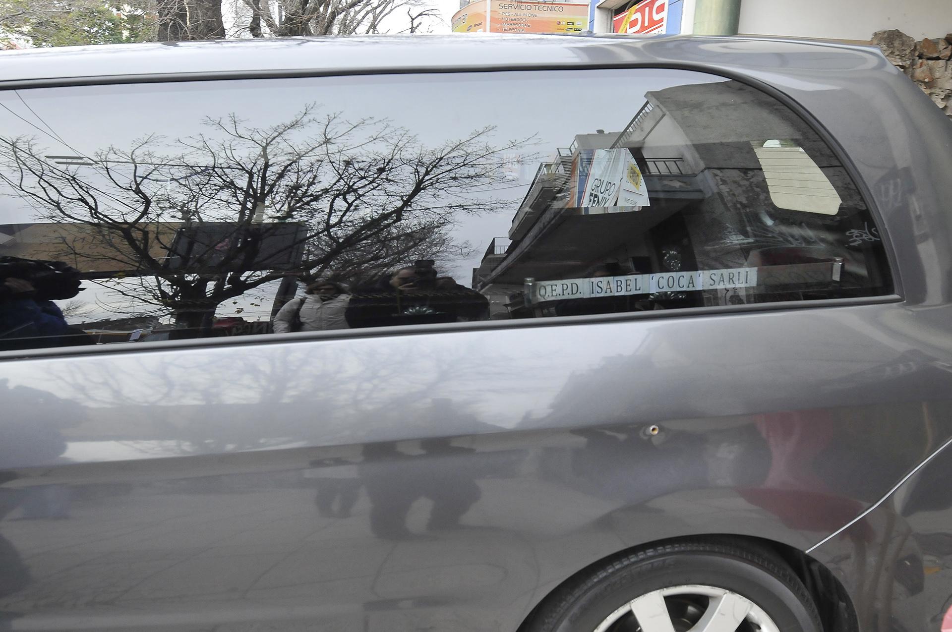El coche funebre que trasladó los restos de la querida Isabel Sarli