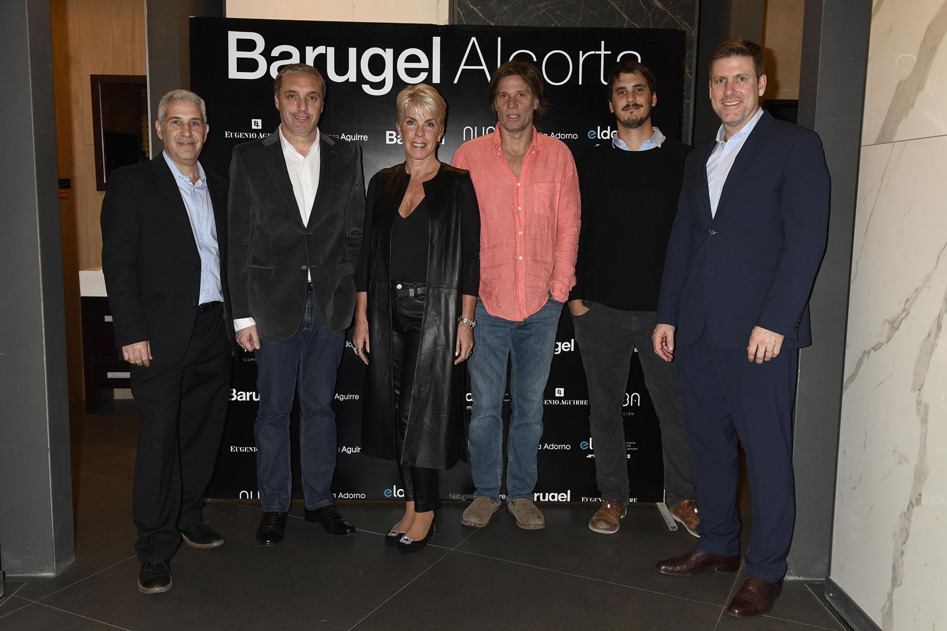 Juan Ignacio Tilbe, Cristian Basualdo, Claudia Adorno, Eugenio Aguirre, Nicolás Díaz Bobillo y Paul Hartley