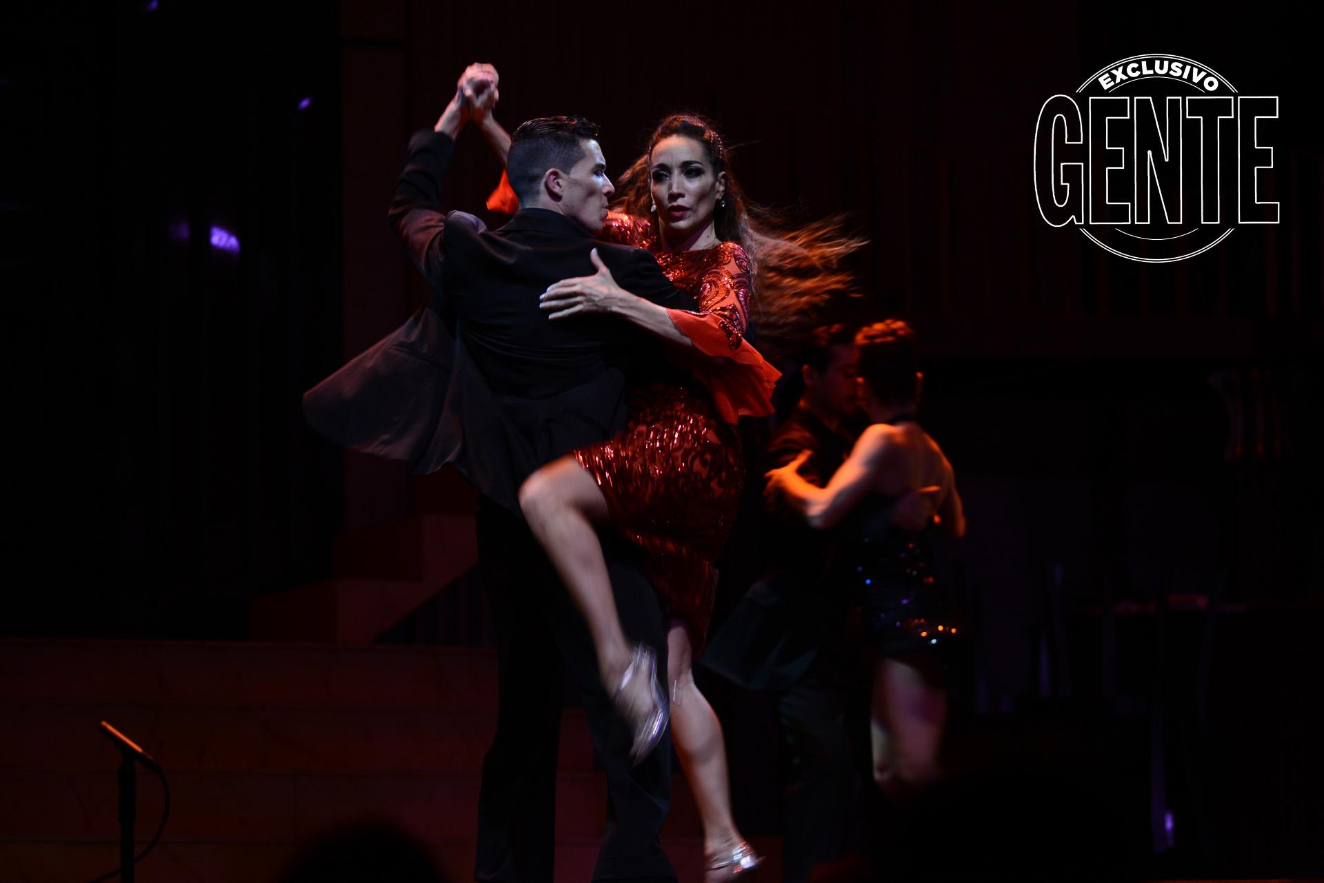 Bailando Tango, el show que Mora Godoy presentó en Tango Porteño.