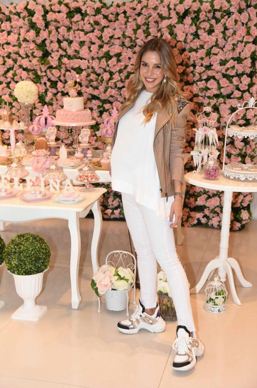 Rodeada de amigas, Luisa Drozdek organizó su baby shower. Espera a Delfina, su primera hija, para agosto