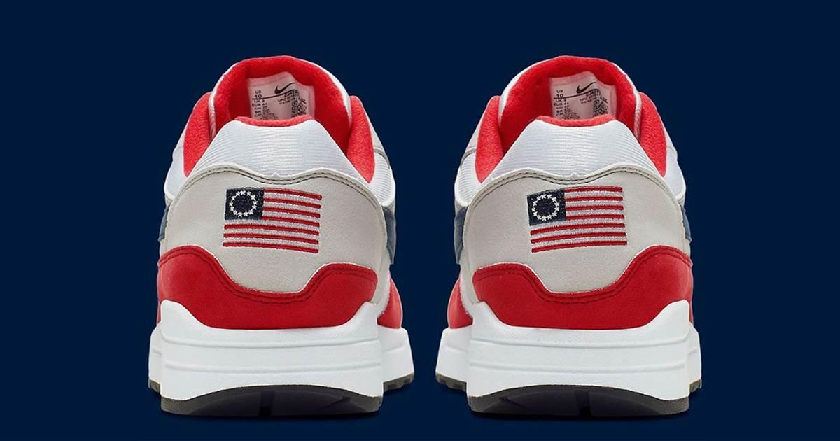 Unos zapatos Nike con la ''Betsy Ross'' causan polémica