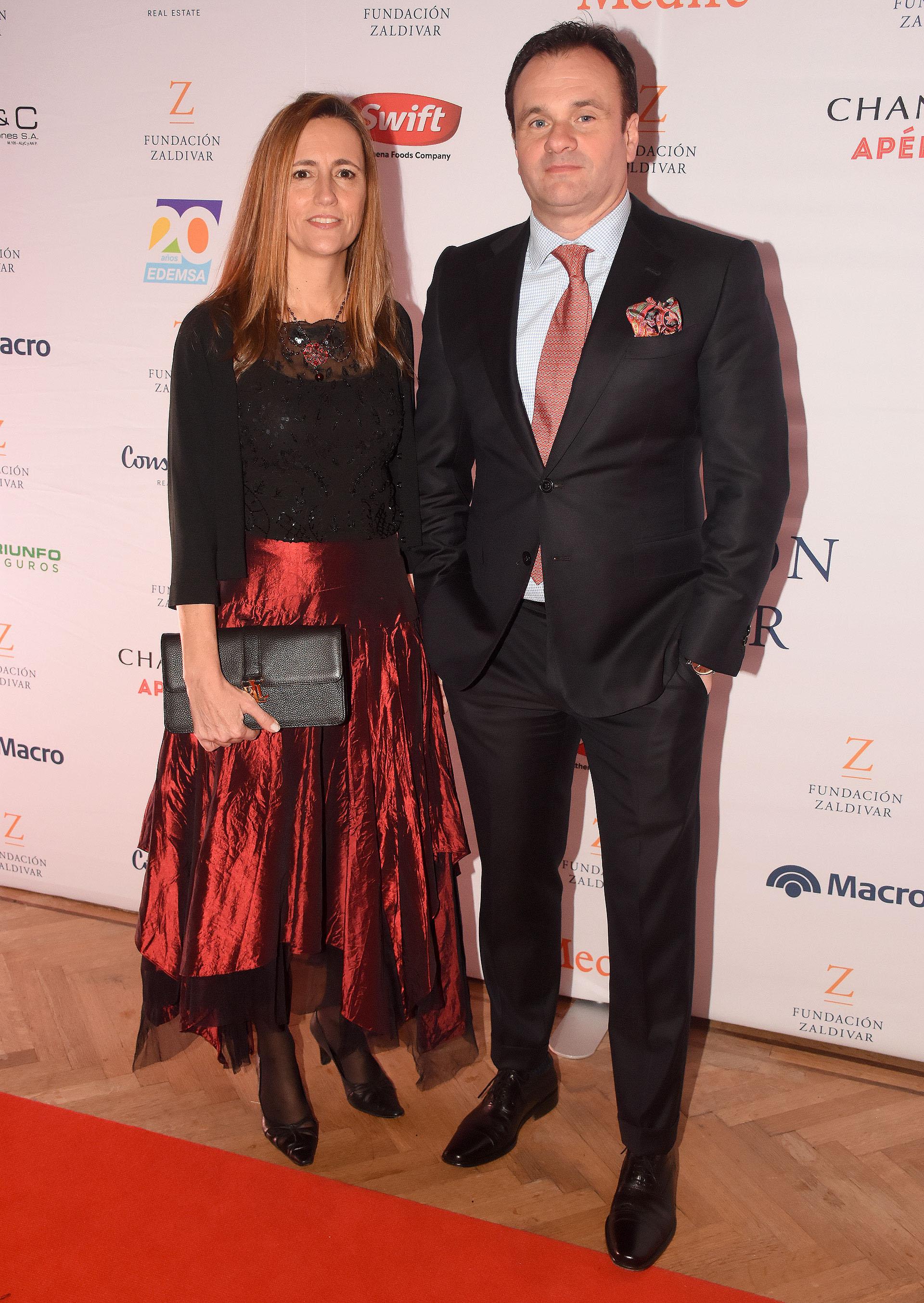 Juan Pablo Maglier, director de Relaciones Institucionales de La Rural, junto a su mujer Magdalena Maglier