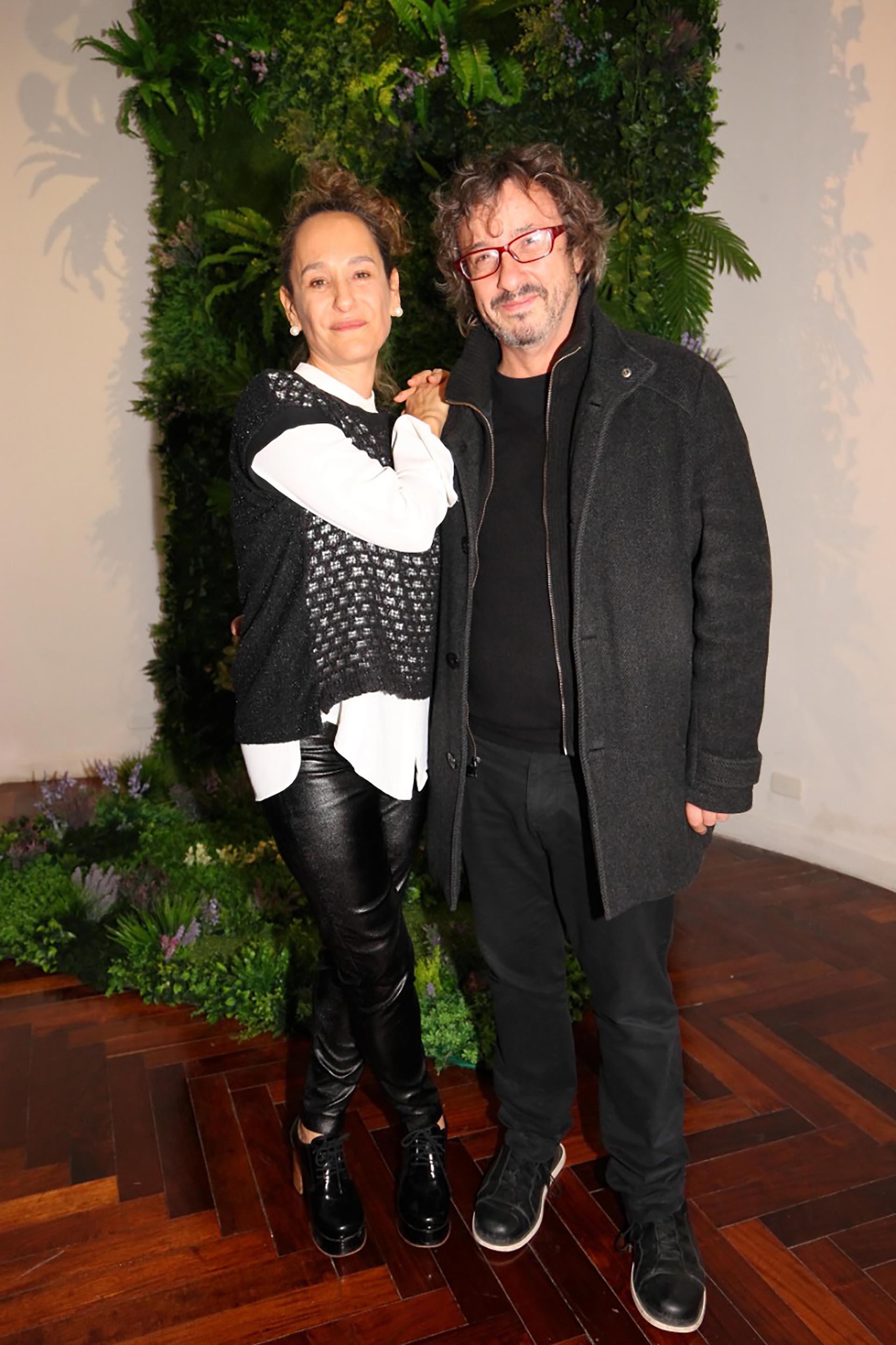 Los curadores Flor Battiti y Fernando Farina.