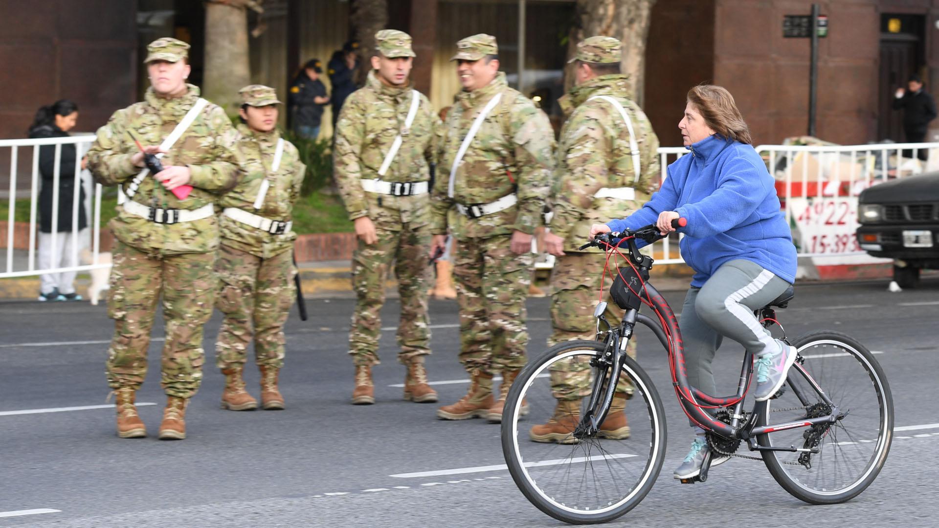 Las personas que estaban con bicicletas pudieron transitar sin problemas