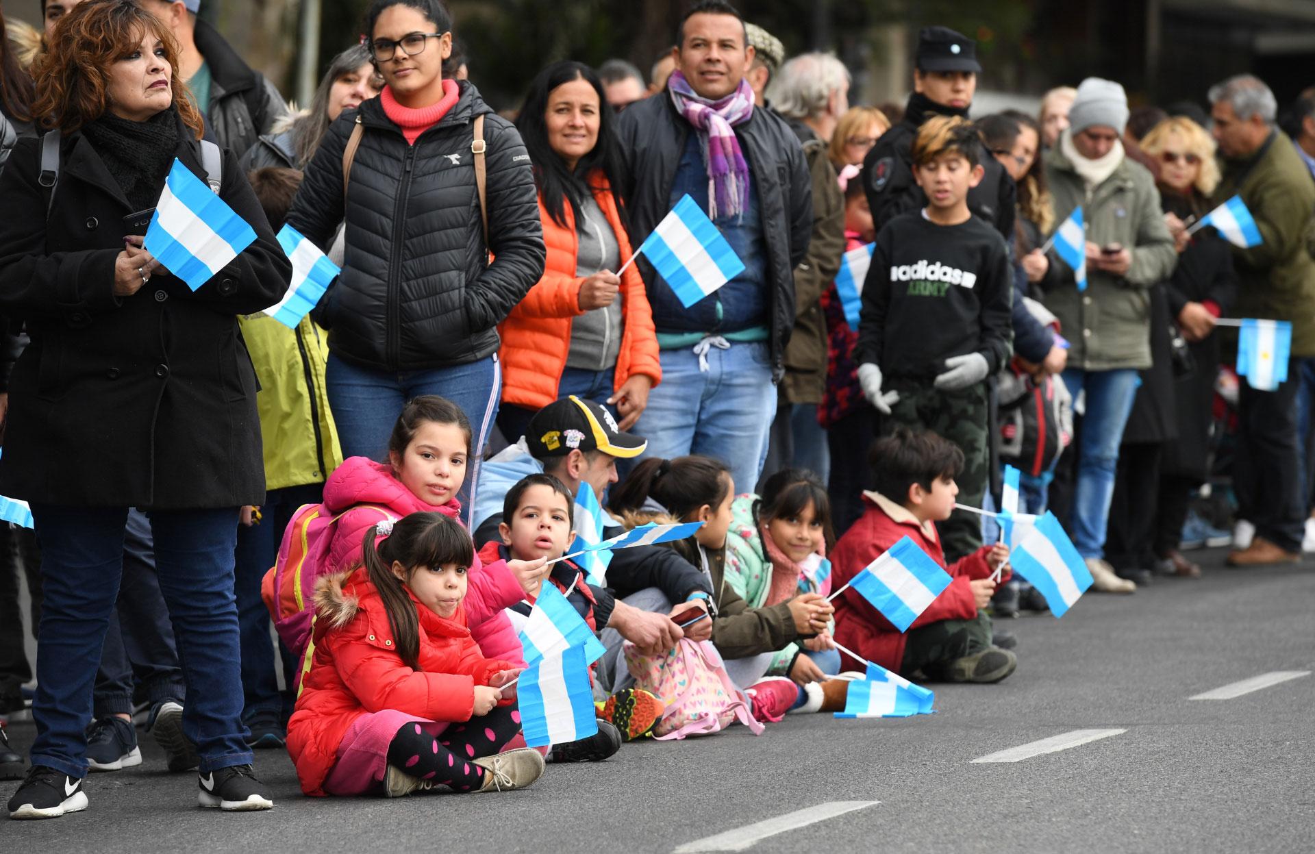 Muchos chicos también se sumaron al evento y compartieron el acto con sus padres