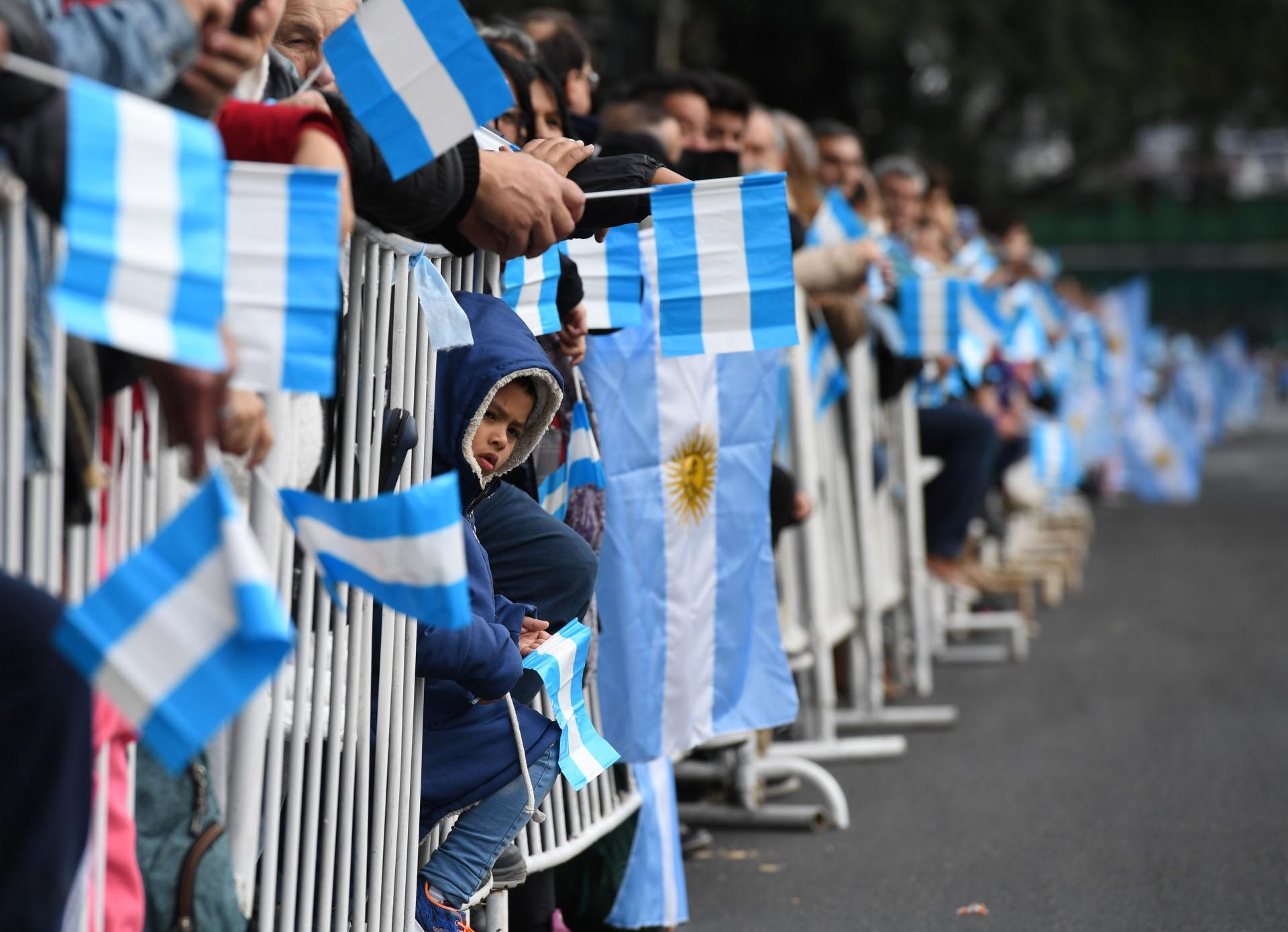 El desfile comenzó a mitad de la mañana y se extendió hasta las primeras horas de la tarde