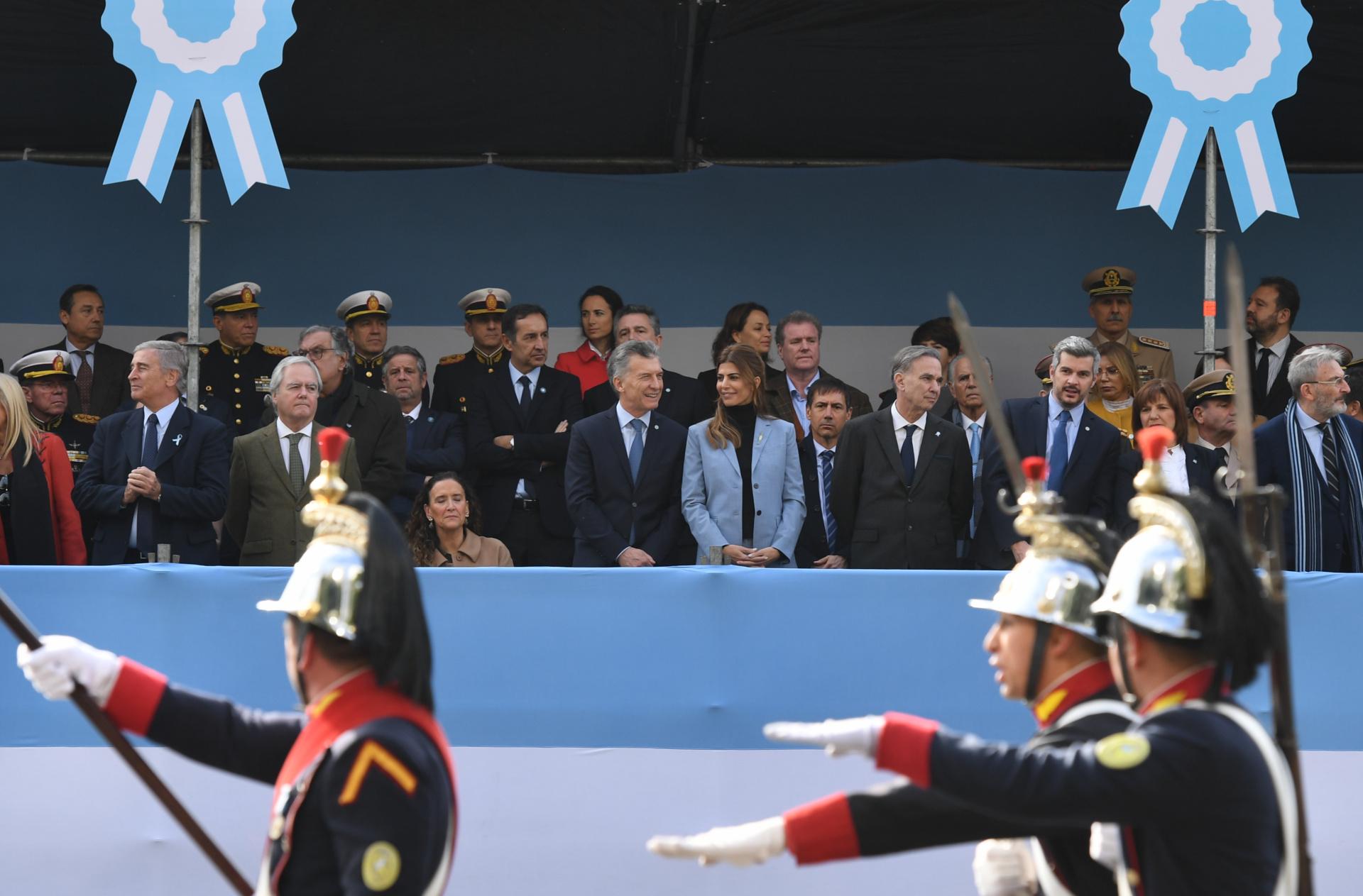 El Presidente estuvo acompañado por su esposa, Juliana Awada