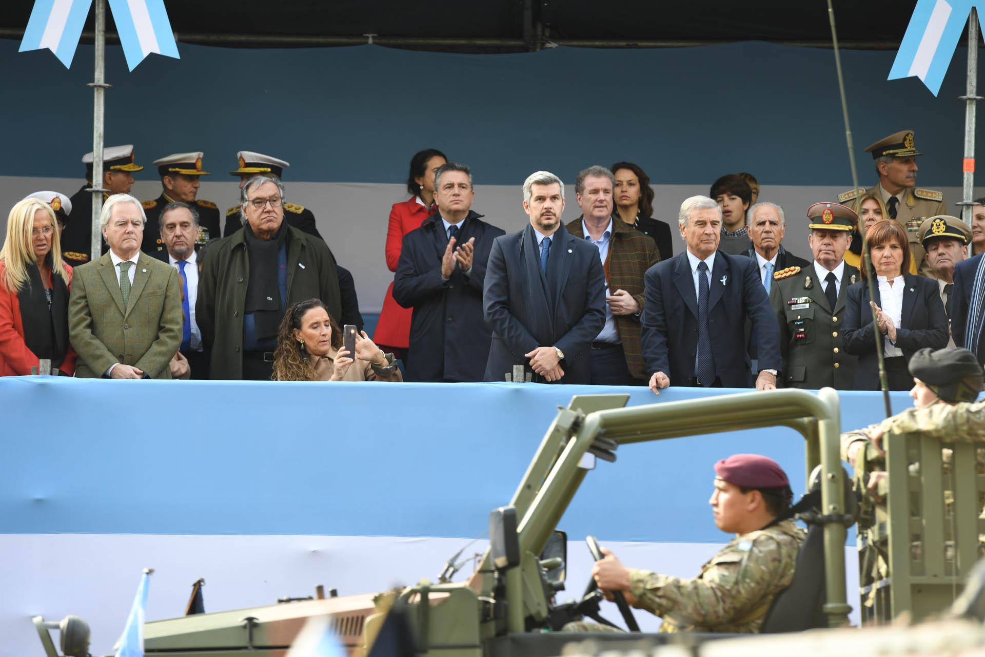 En el palco presidencial se ubicaron los principales ministros del gobierno nacional