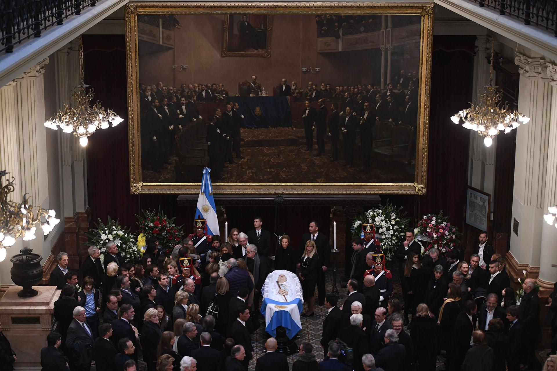 El ex presidente Fernando de la Rúa es velado en el Salón Pasos Perdidos del Congreso de la Nación