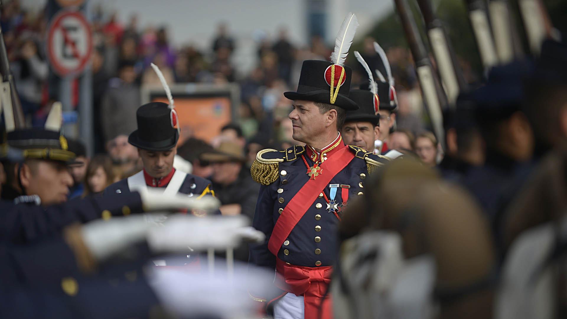 El desfile, que duró cerca de 5 horas, contó con un enorme despliegue de todas las Fuerzas Armadas