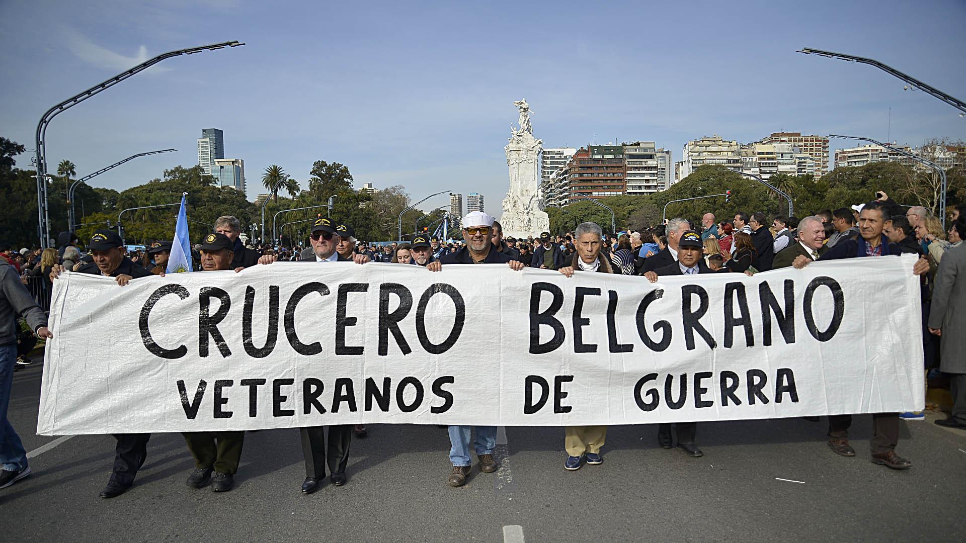 Veteranos que formaron parte de la tripulación del Crucero General Belgrano