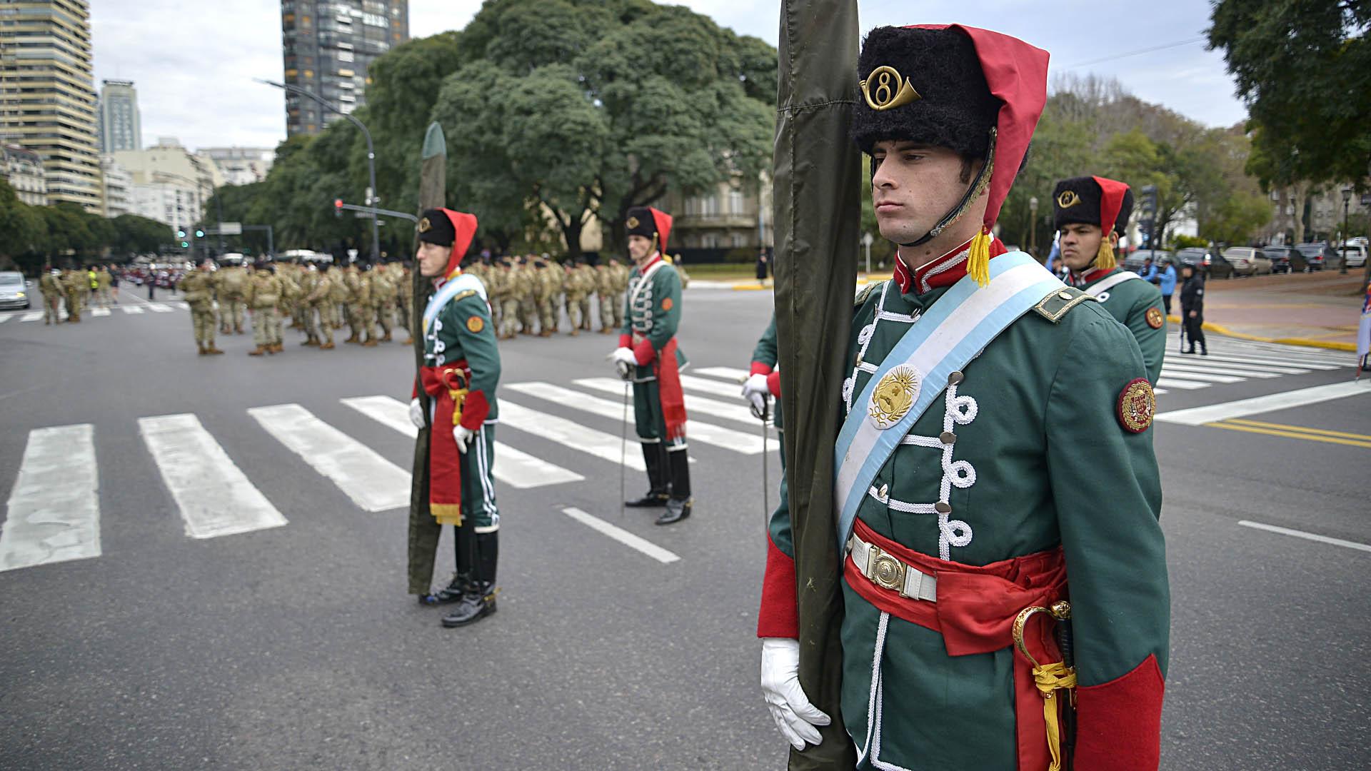"""El Regimiento de Caballería de Tanques 8 """"Cazadores General Necochea"""""""