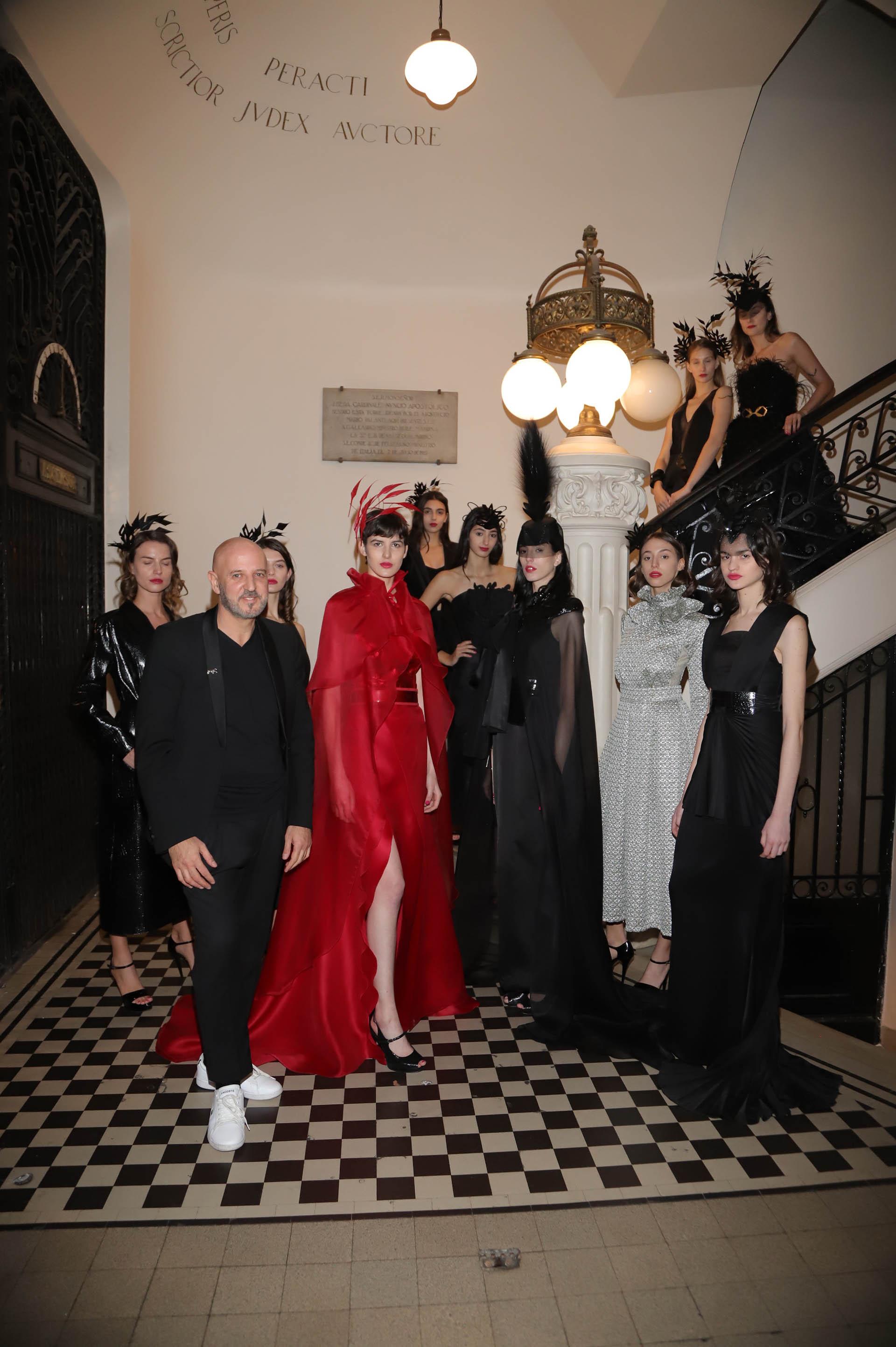 Fabian Zitta y sus modelos tuvieron a cargo la representación del infierno del Dante.