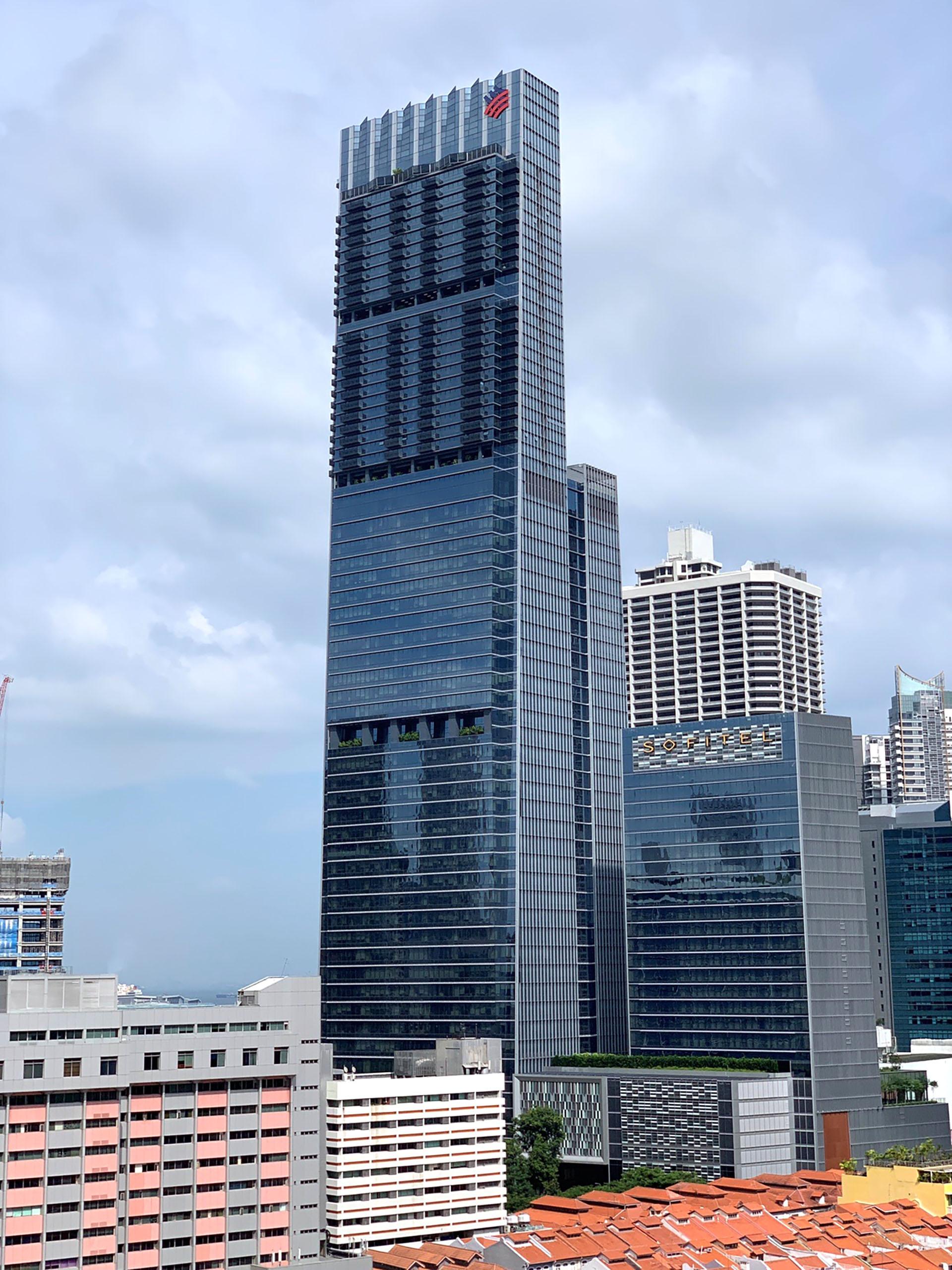 El Tanjong Pagar Centre, también conocida como Torre Guoco, es un rascacielos que empezó a construirse en 2013 y se terminó en 2016