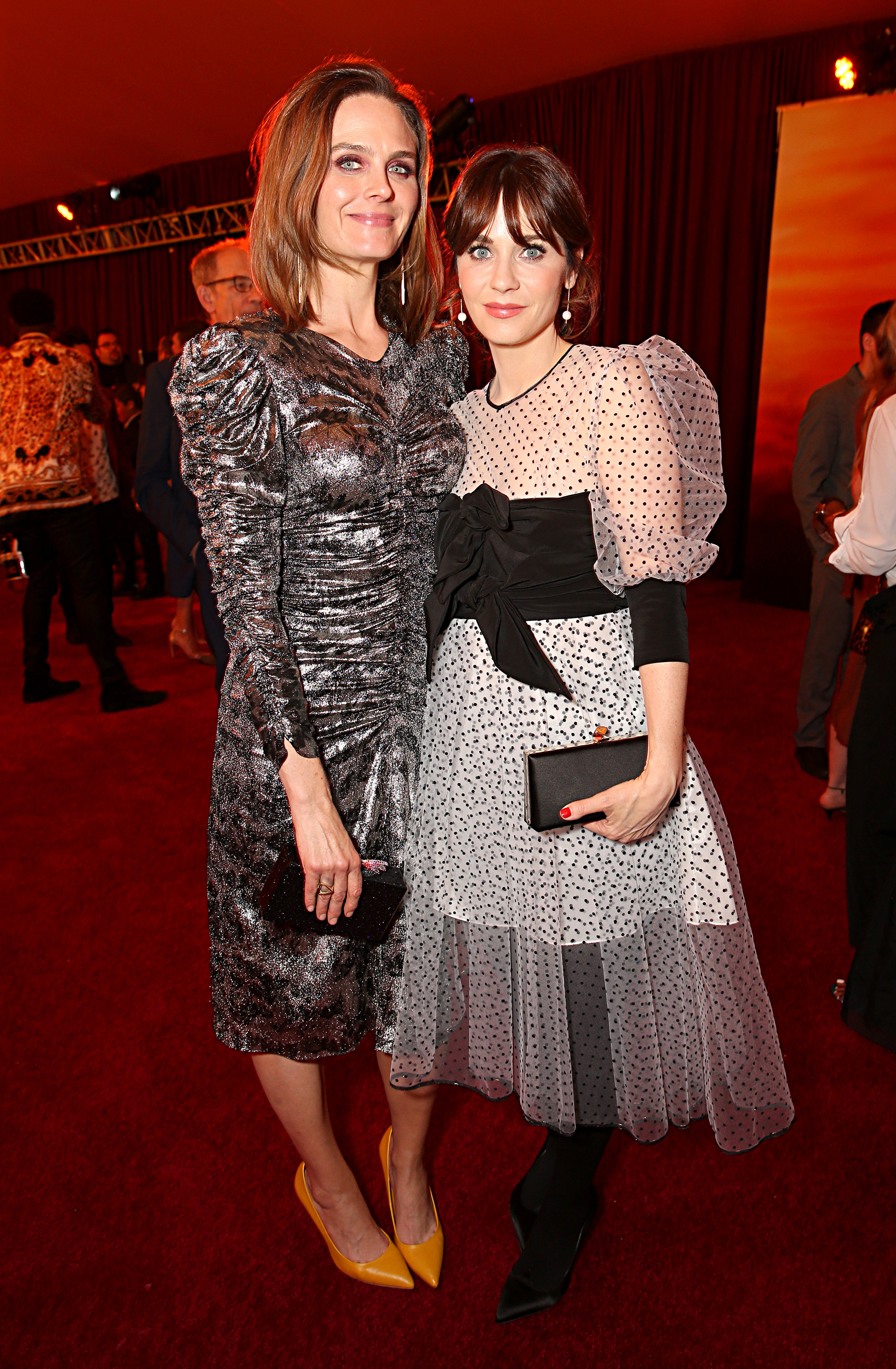 Emily Deschanel y Zooey Deschanel